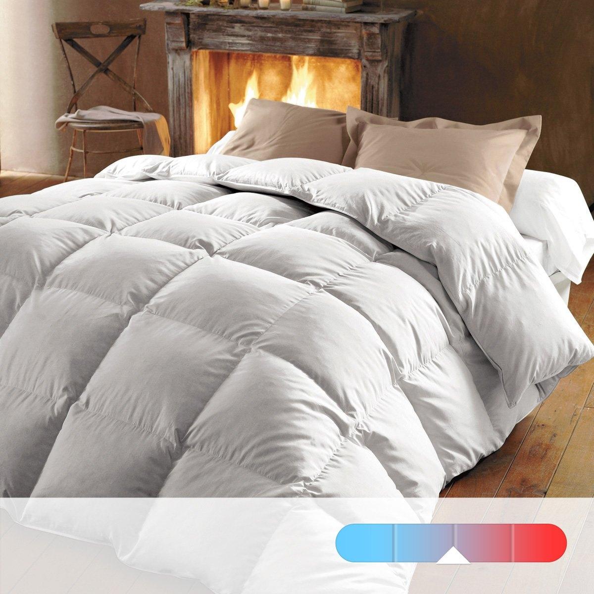 Одеяло натуральное, 320 г/м², 70% пуха, обработка против клещей