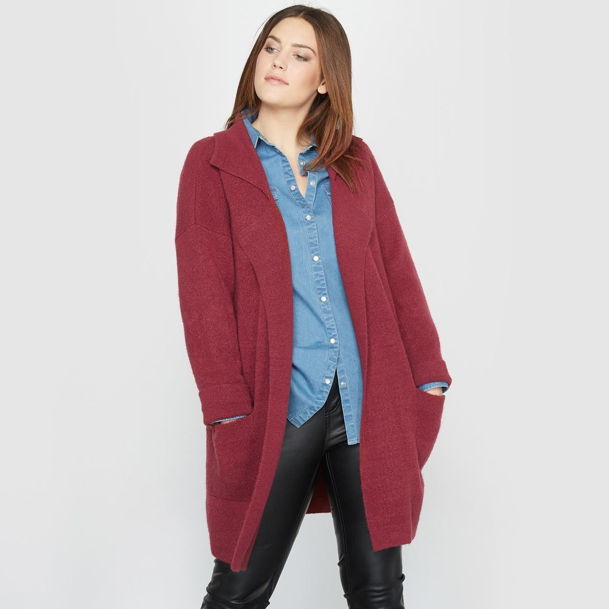 КардиганКардиган. Длинный кардиган-пальто, его можно носить как пальто ранней весной.Пиджачный воротник. Приспущенные проймы.Отвороты на рукавах. 2 накладных кармана. Состав и описание :Материал : очень мягкий трикотаж 73% акрила, 24% полиамида, 3% эластана.Длина : 85 см.Марка : CASTALUNA.Уход :Машинная стирка при 30 °C в деликатном режиме (использовать мешок-сетку, гладить с изнаночной стороны).<br><br>Цвет: коньячный