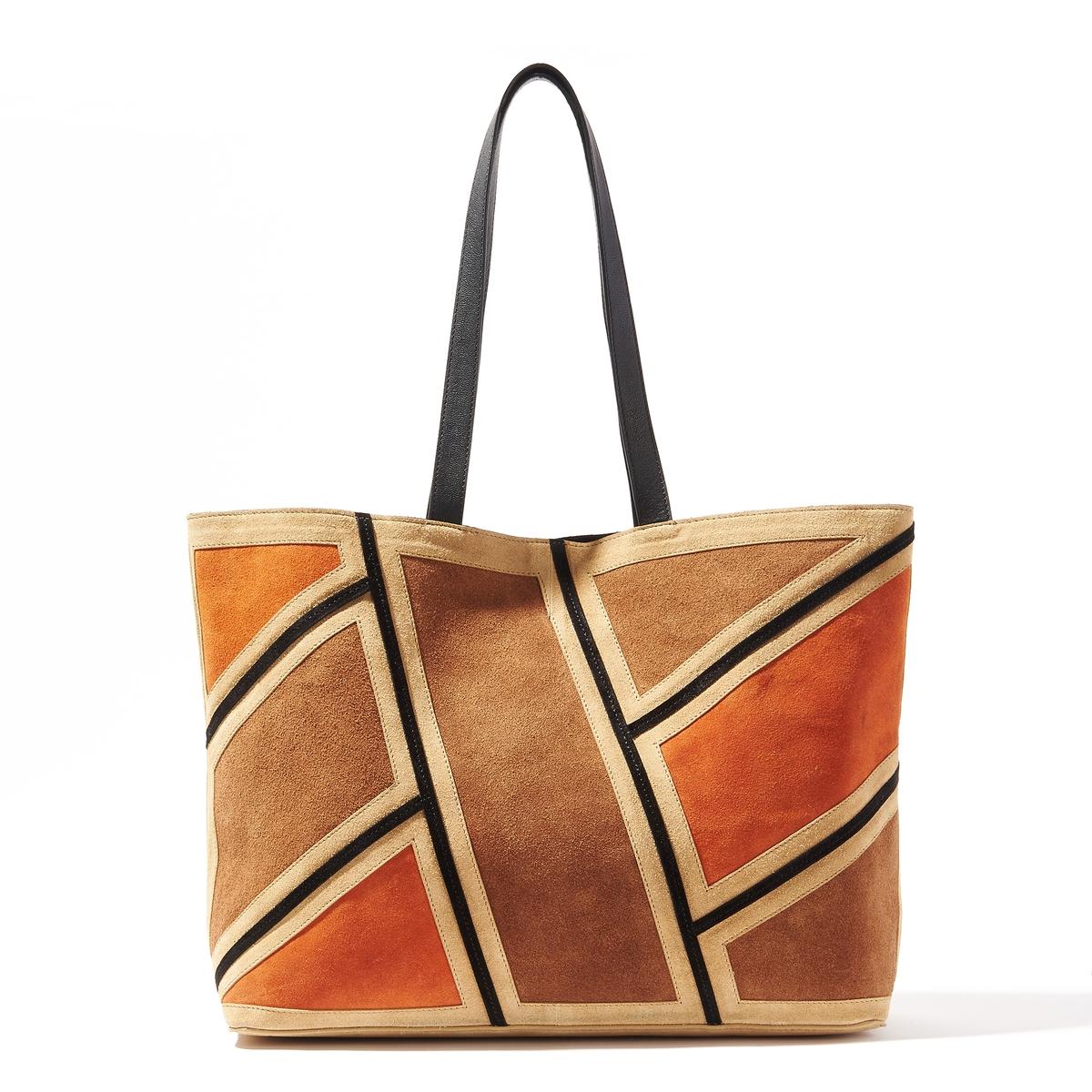 Сумка-шоппер кожаная, пэтчворкКожаная сумка-шоппер, R Studio.Стильная сумка из великолепной кожи в винтажном и графичном стиле!Состав и описаниеМатериал : верх из яловичной и козьей кожи                  подкладка из текстиляМарка : R Studio.Размеры : Ш47 x В31 x Г13 смЗастежка : на магнитную кнопку2 кармана для мобильных1 карман на молнии<br><br>Цвет: разноцветный<br>Размер: единый размер