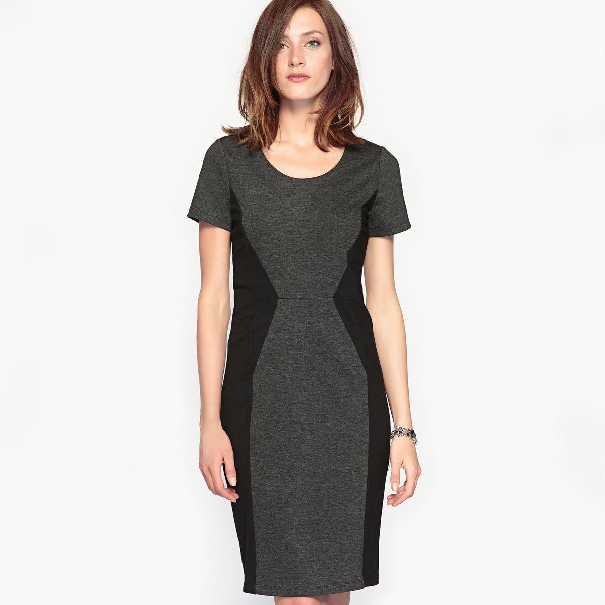 Платье из плотного трикотажа, комфортное, способствующее похудениюДвухцветное платье из плотного трикотажа, комфортное, моделирующее и способствующее похудению благодаря вшитому поясу. Идеальный силуэт ! Широкое внизу платье в талию, отрезные детали на поясе спереди и сзади. Застежка на скрытую молнию сзади. Шлица сзади. Подкладка поддерживающего пояса, 84% полиамида, 16% эластана для эффекта похудения.Состав и описание :Материал : плотный трикотаж, 70% вискозы, 26% полиамида, 4% эластана.Подкладка : 100% полиэстер. Длина : 91 см.    Марка : Anne WeyburnУход :Машинная стирка при 30 °С в умеренном режиме.Гладить при низкой температуре.<br><br>Цвет: серый меланж/черный<br>Размер: 38 (FR) - 44 (RUS).46 (FR) - 52 (RUS).42 (FR) - 48 (RUS)