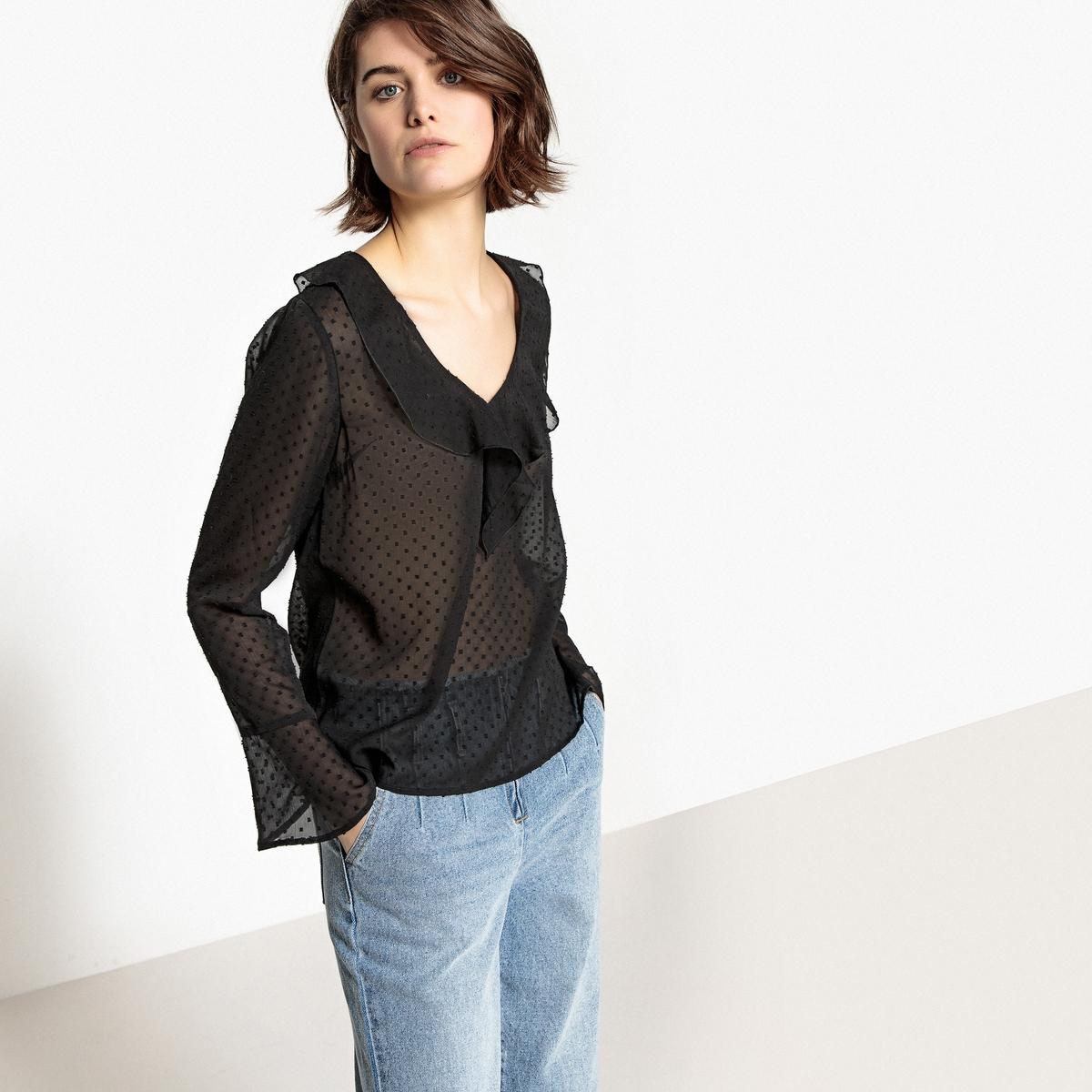 Blusa com decote em V, ponto cheio e folhos, mangas compridas
