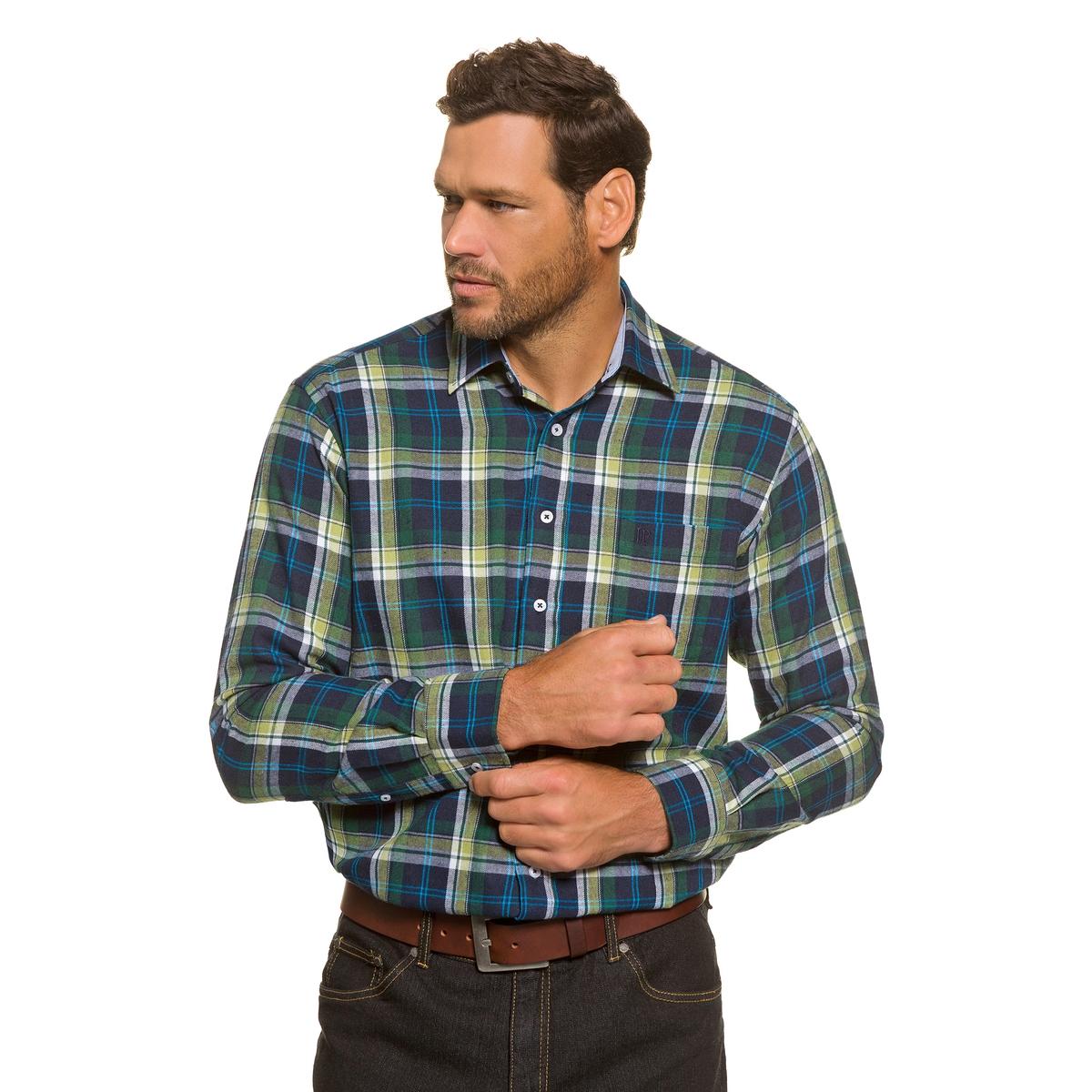 РубашкаРубашка из фланели в клетку, с длинными рукавами JP1880. 100% хлопка.Воротник Kent и нагрудный карман . Удобный покрой. Длина в зависимости от размера ок. 82-96 см.<br><br>Цвет: в клетку<br>Размер: 5XL