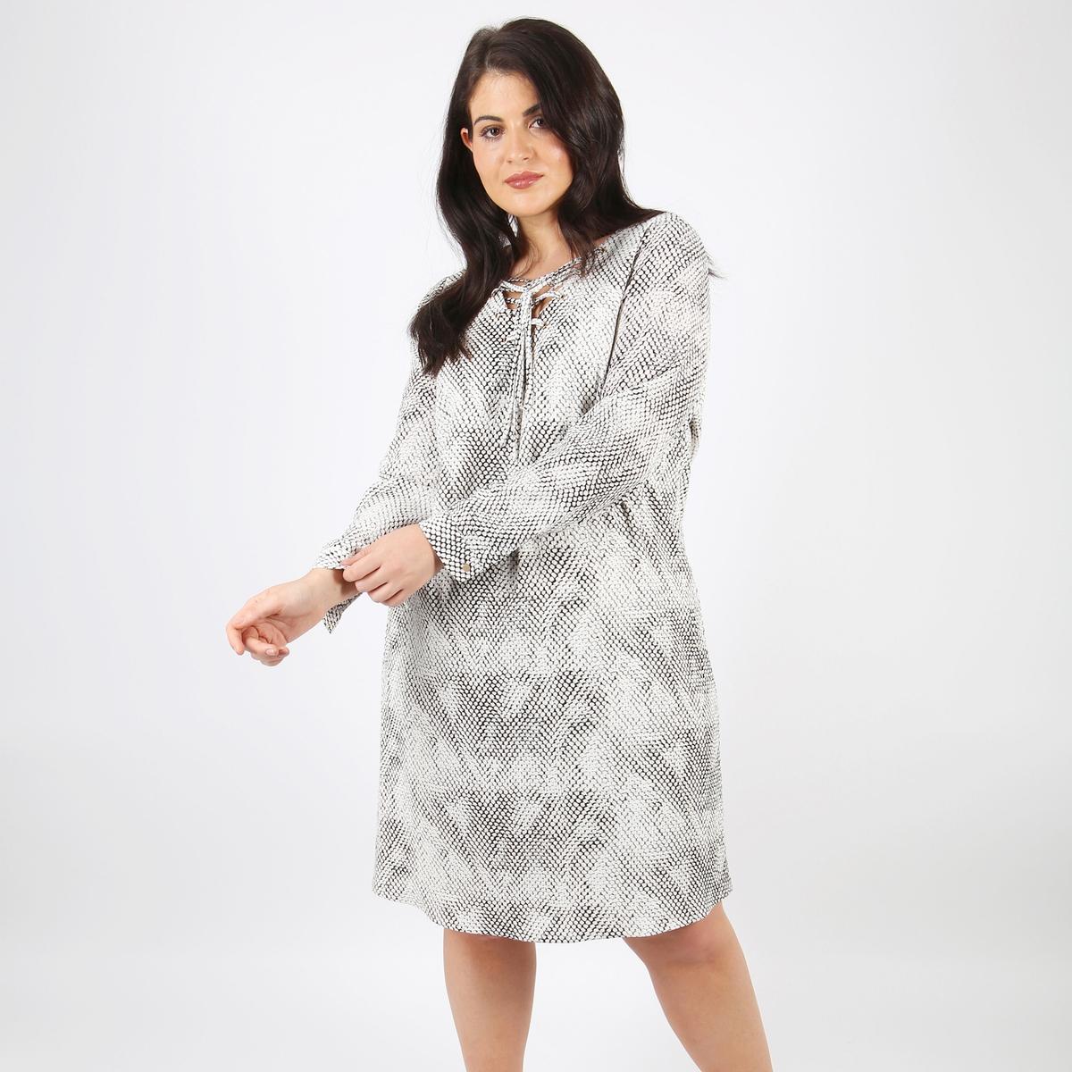 Sukienka rozkloszowana, półdługa, z nadrukiem