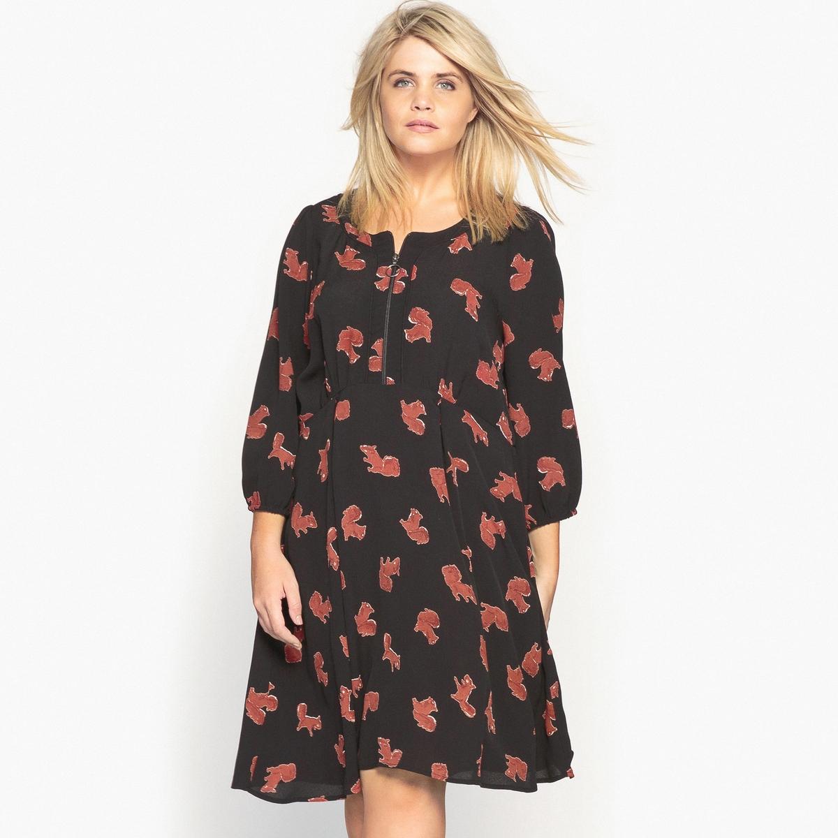 Платье средней длины с рисунком, расширяющееся книзуКрасивое платье с рисунком белочки . Расклешенный покрой, вырез на молнии, в этом платье есть все, чтобы вам нравиться . Это любовь с первого взгляда ! Детали •  Форма : расклешенная •  Длина до колен •  Рукава 3/4    •  Круглый вырез •  Рисунок-принтСостав и уход •  100% вискоза •  Температура стирки 30° •  Не использовать сухую чистку / не отбеливать   •  Не использовать барабанную сушку   •  Низкая температура глажки Товар из коллекции больших размеров •  Длина  : 100,3 см<br><br>Цвет: набивной рисунок<br>Размер: 46 (FR) - 52 (RUS).56 (FR) - 62 (RUS)