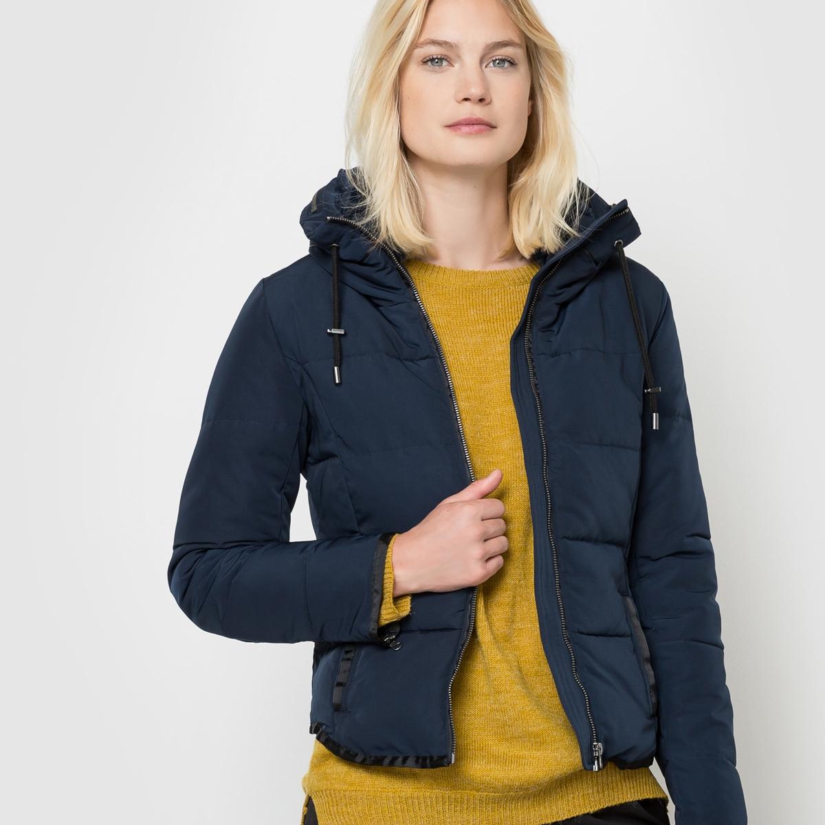Куртка стёганая с капюшономСтёганая куртка с капюшоном ICHI. Застежка на молнию. 2 кармана спереди.          Состав и описание     Материал     100% полиэстера     Марка     ICHI<br><br>Цвет: темно-синий<br>Размер: M
