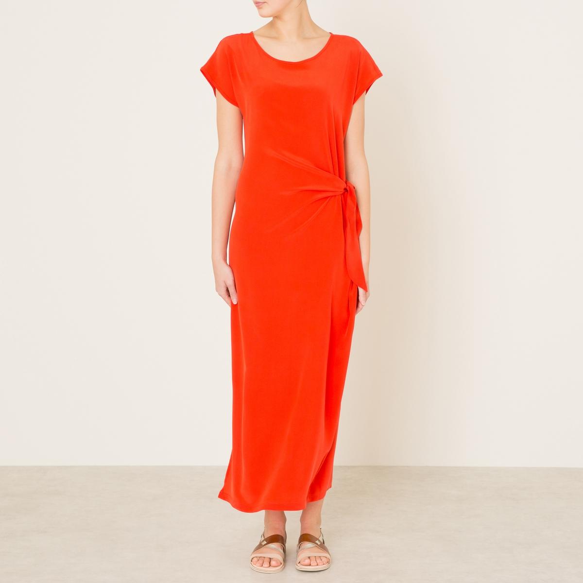 Платье длинное  VICTORВечернее платье TOUPY - удлиненная модель VICTOR однотонного цвета из 100% шелка. Круглый вырез. Короткие рукава. Завязка на ленту по бокам создает эффект драпировки . Длинные разрезы по бокам.Состав и описание    Материал : 100% шелкДлина от края плеча: ок. 133 см. для размера 36    Марка : TOUPY<br><br>Цвет: красный