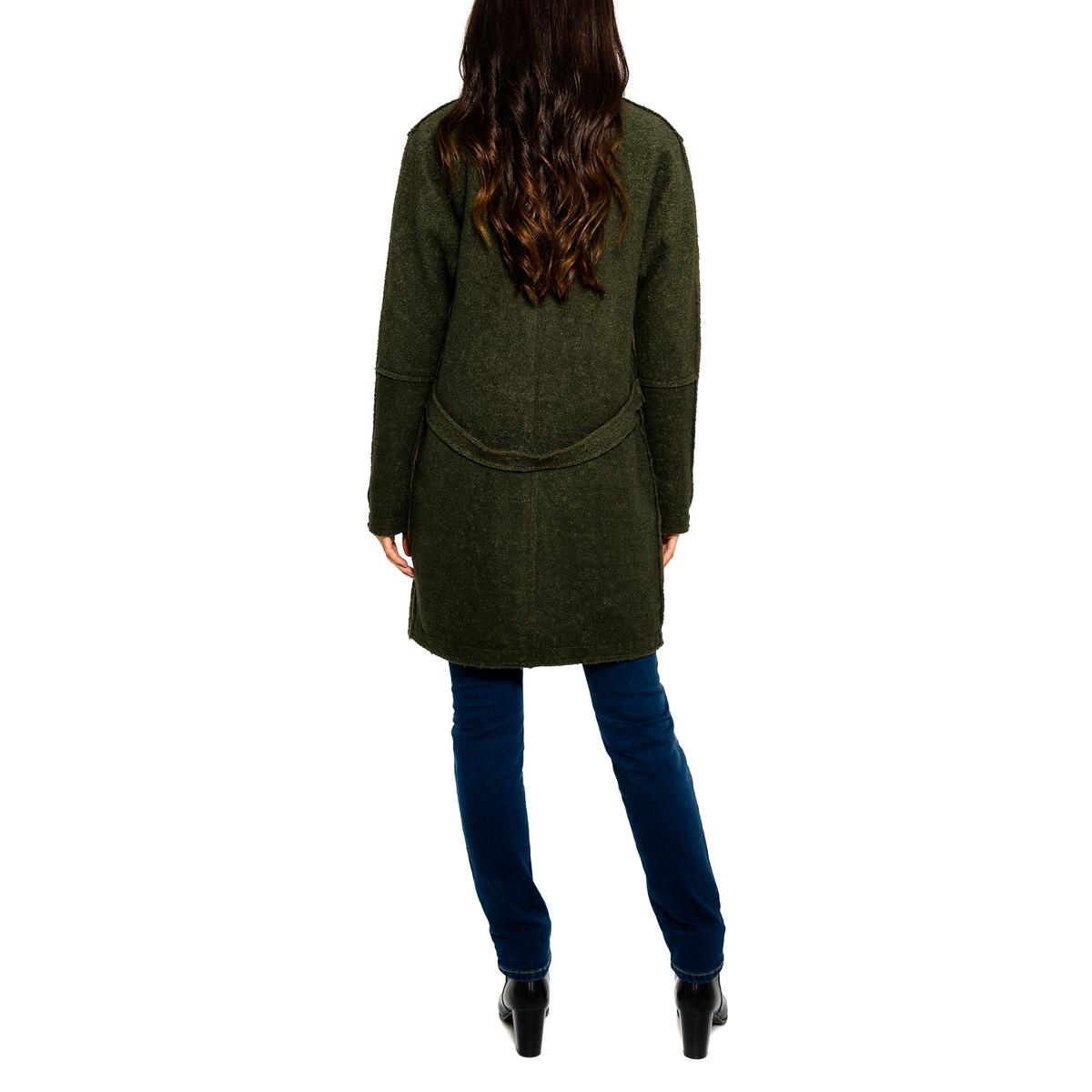 Пальто с  V-образным вырезомПальто PARAMITA. V-образный вырез. Длинные рукава. Застежка на 1 пуговицу. 2 кармана.              Состав и описание       Материал         50% шерсти, 50% полиэстера  Подкладка: 100% полиэстера       Марка: PARAMITA.<br><br>Цвет: хаки<br>Размер: L