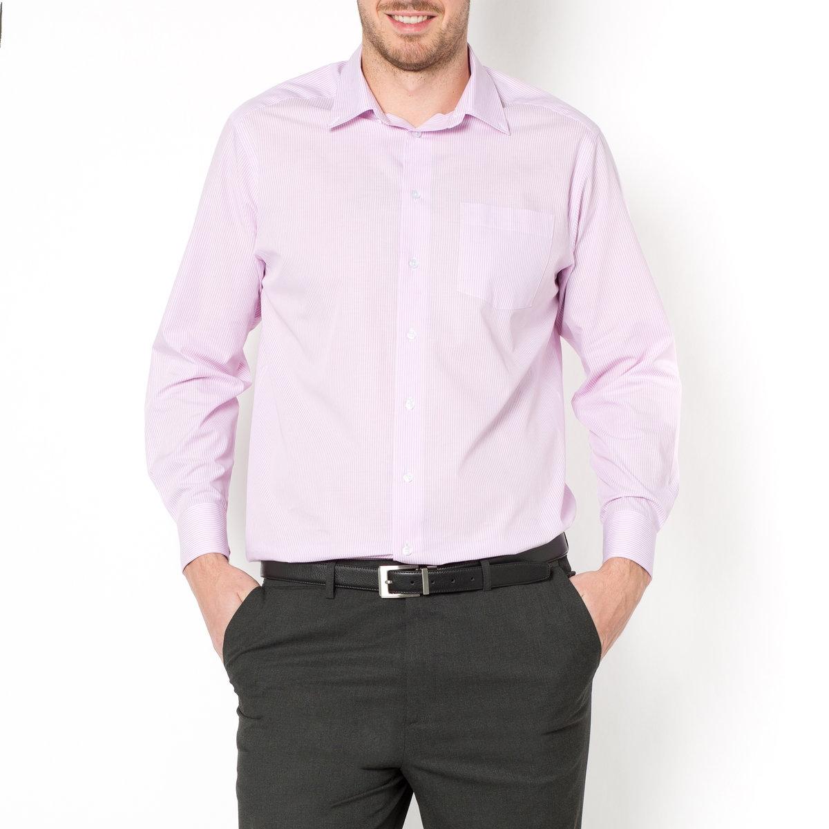 Рубашка, рост 3Рубашка. Длинные рукава. Уголки воротника на пуговицах. Складка на спине. Слегка закругленный низ. Поплин в полоску, 100% хлопка. Рост 2: длина 86 см, длина рукавов 69 см. Есть в росте 1 и 2. Обратите внимание, что бренд Taillissime создан для высоких, крупных мужчин с тенденцией к полноте. Чтобы узнать подходящий вам размер, сверьтесь с таблицей больших размеров на сайте.<br><br>Цвет: синий в полоску<br>Размер: 41/42