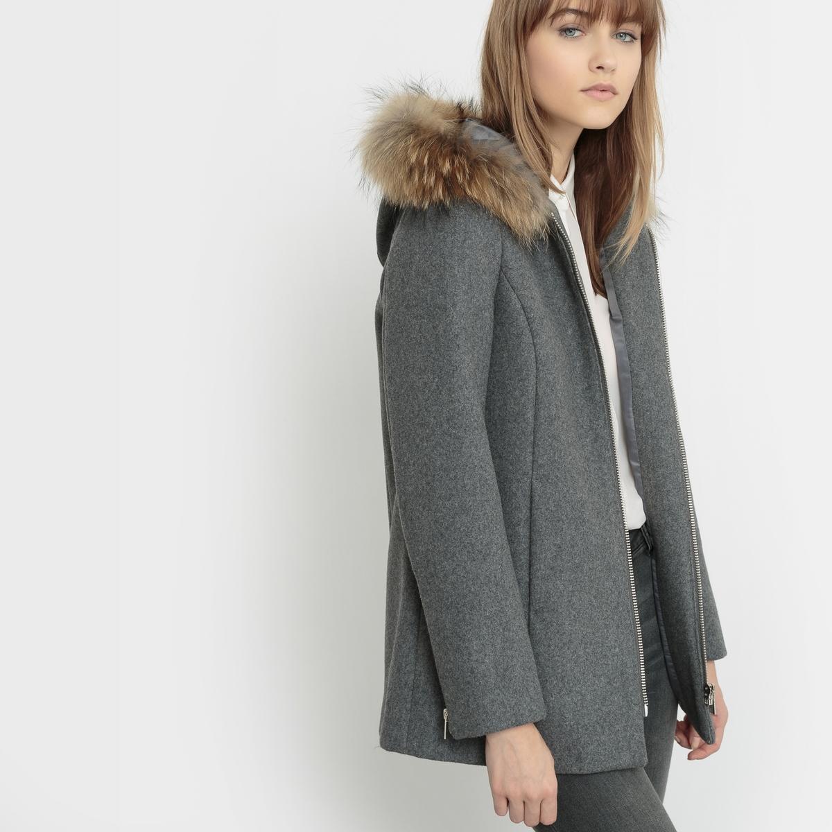 Пальто из шерстяного драпа LAURAМарка : KARL MARC JOHNСостав : 80% шерсти 20% полиэстера<br><br>Цвет: серый<br>Размер: S.M