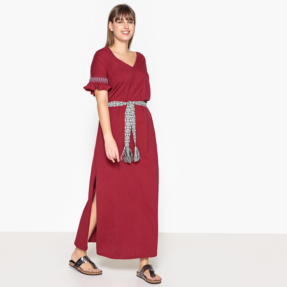 Платье длинное однотонное с короткими рукавамиОписание:Замечательное ультра женственное платье-макси. Вы будете носить это платье-макси с V-образным вырезом из 100% хлопка все лето, днем или вечером.Детали •  Форма : прямая •  Длина ниже колен •  Короткие рукава    •   V-образный вырезСостав и уход •  100% хлопок •  Вторичный материал : 100% хлопок •  Следуйте советам по уходу, указанным на этикеткеТовар из коллекции больших размеров •  Длина : 146,3 см •  Ремешок продается отдельно<br><br>Цвет: красный