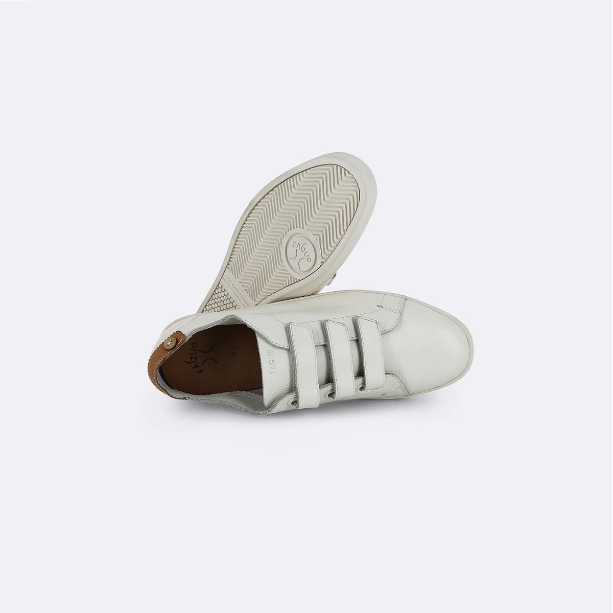 Кеды кожаные Aspenlow03Верх : кожа (яловичная)   Подкладка : кожа   Стелька : ЭВА   Подошва : ЭВА   Высота каблука : 1 см   Застежка : планка-велкро<br><br>Цвет: экрю