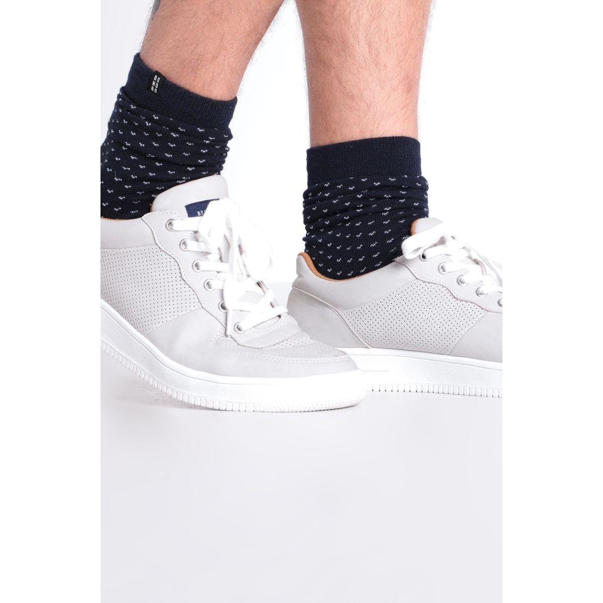 Baskets basses à lacets