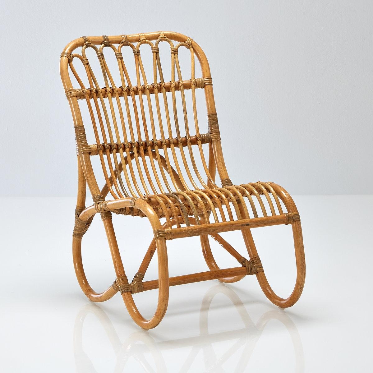 Стул детский из ротанга, MaluСтул детский из ротанга, Malu. Детский стул с винтажной ноткой Malu с каркасом из ротанга и естественным натуральным цветом. Характеристики детского стула из ротанга Malu:Натуральный ротанг.Естественный цвет, покрытие бесцветным лаком.Найдите подходящие кресло-качалку и банкетку и другую мебель из коллекции Malu на сайте laredoute.ru.Размеры детского стула из ротанга Malu :Общие размерыДлина : 45 смВысота : 65 смГлубина : 56 см.Сиденье Высота : 28 смГлубина : 35 смРазмеры и вес упаковки:1 упаковка70 x 57 x 46 см 2 кгДоставка на домДетский стул из ротанга Malu продается в собранном виде!Ваш товар будет доставлен по назначению, прямо на этажВнимание! Пожалуйста, убедитесь, что упаковка пройдет через проемы (двери, лестницы, лифты)<br><br>Цвет: ротанг серо-бежевый