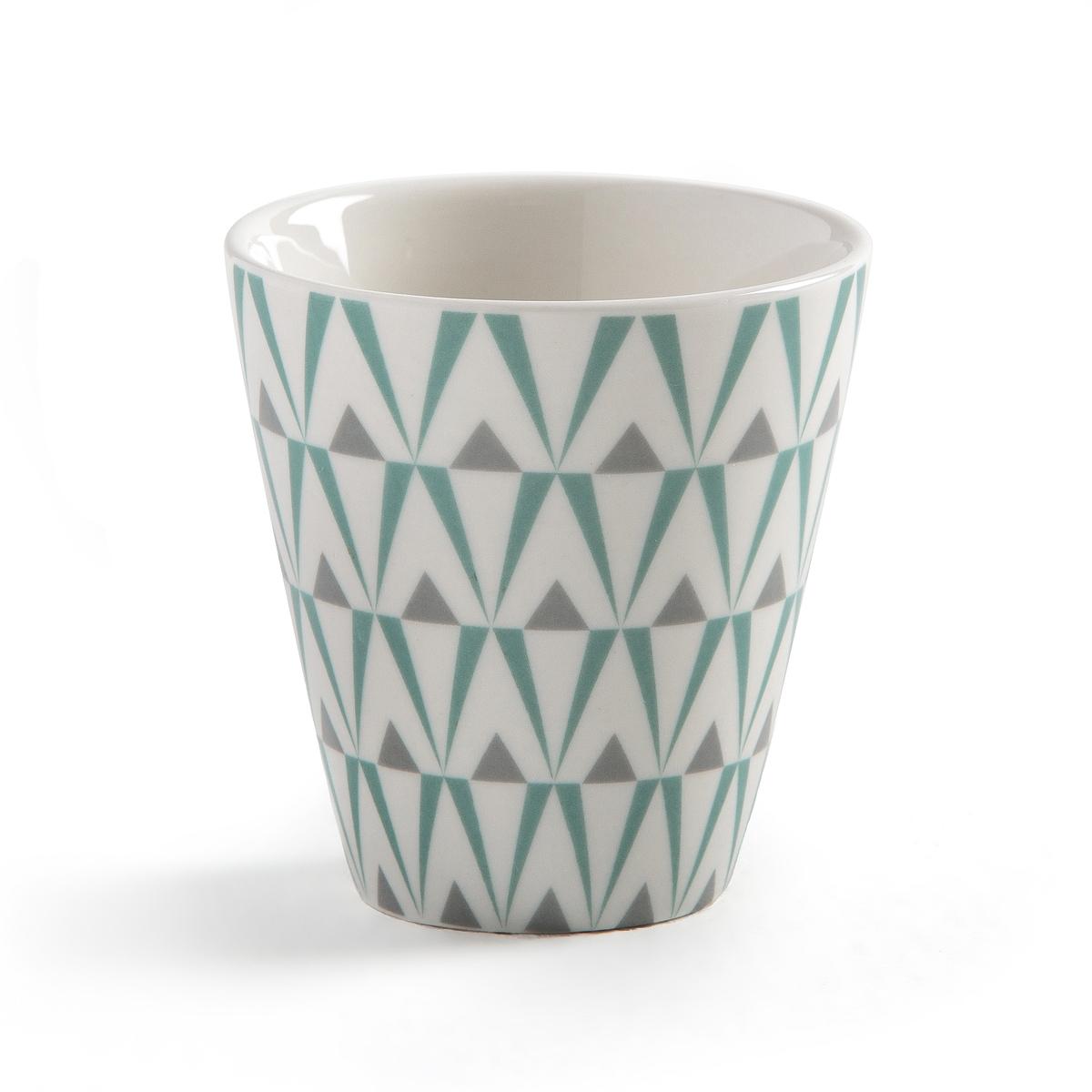 Чашки кофейные из фарфора, 4 шт.Комплект из 4 кофейных чашек из фарфора и 4 блюдец из бамбука La redoute Int?rieurs. Чашки с двухцветным геометрическим узором. В подарочной упаковке.Характеристики 4 кофейных чашек:-  Кофейная чашка из фарфора и блюдце из бамбука- Диаметр сверху: 6,5 см- Высота : 6,7 см- Размеры блюдец из бамбука: 10 x 1,2 см- Объем : 150 мл - Чашки подходят для использования в посудомоечной машине и микроволновой печи- Продаются в комплекте из 4 штук в подарочной коробке<br><br>Цвет: белый/серый рисунок
