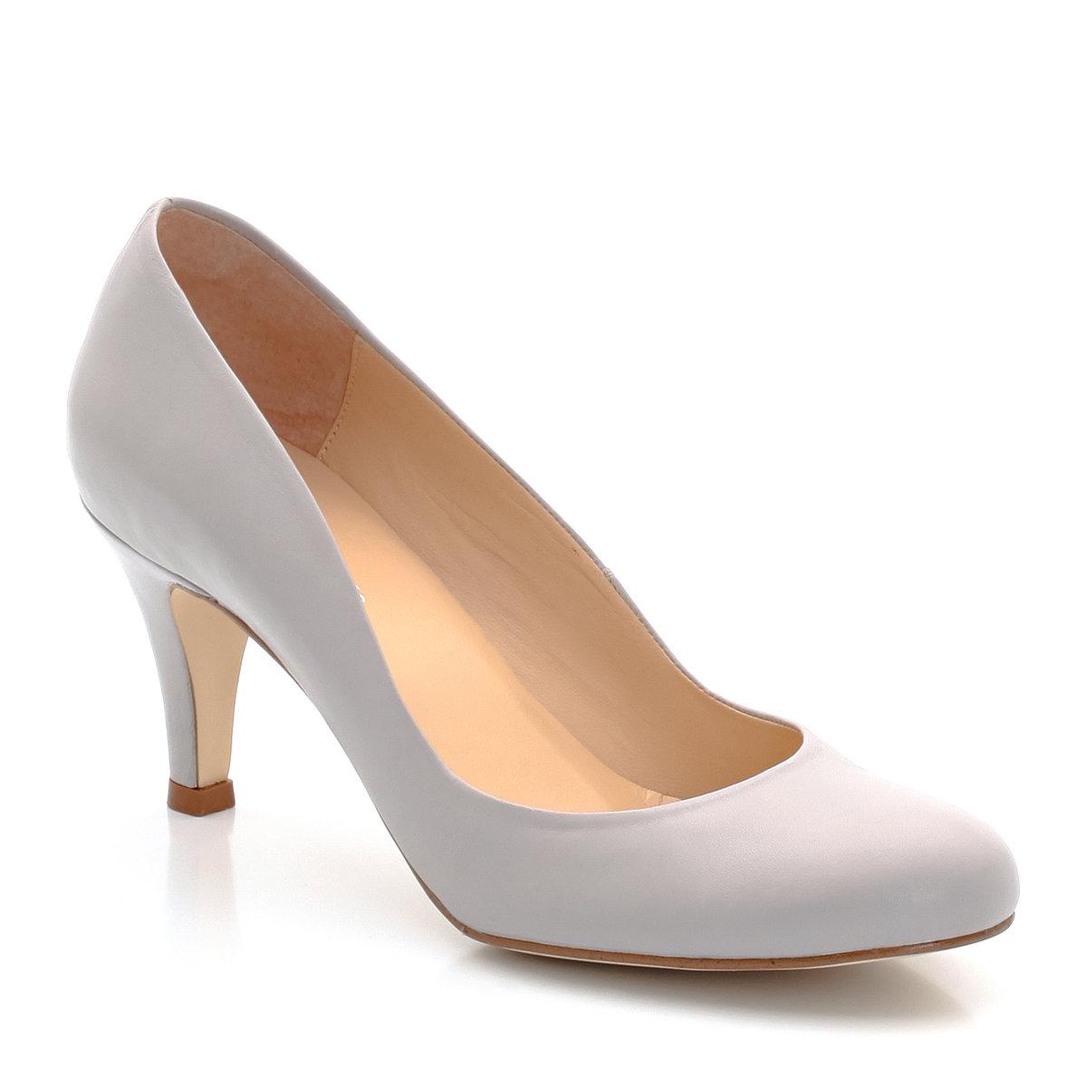 Туфли на каблукеБренд: JONAK. Верх: коровья кожа. Подкладка: кожа. Стелька: кожа. Подошва: эластомер. Высота каблука: 6 см<br><br>Цвет: каштаново-серый<br>Размер: 39