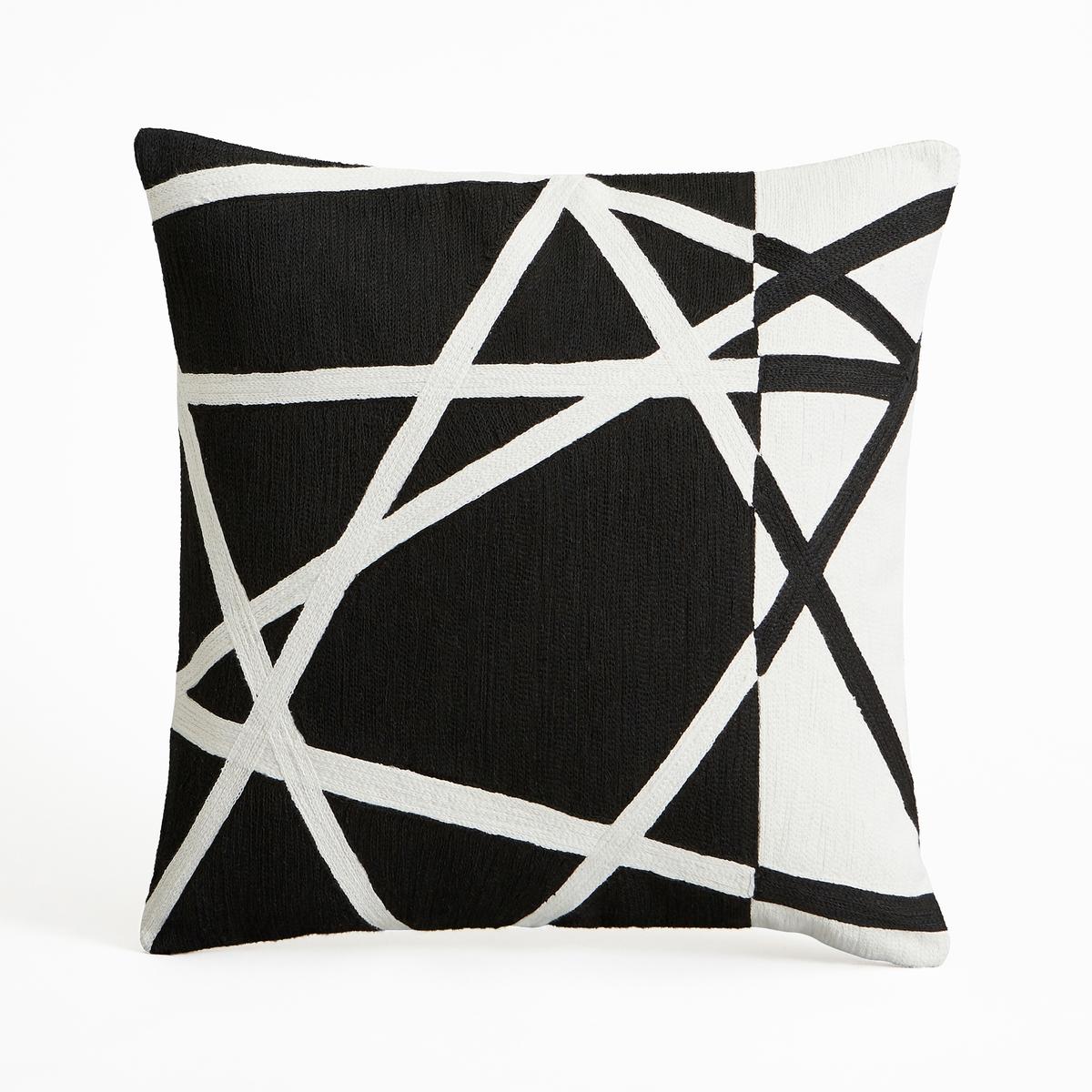 Наволочка на подушку-валик FiladefoНаволочка на подушку-валик Filadefo. Абстрактный рисунок черного и белого цветов. Из 100% хлопка, тамбурная строчка. Однотонная оборотная сторона белого цвета. Застежка на молнию наверху. Размеры : 40 x 40 см. Подушка продается отдельно.<br><br>Цвет: черный/ белый<br>Размер: 40 x 40  см