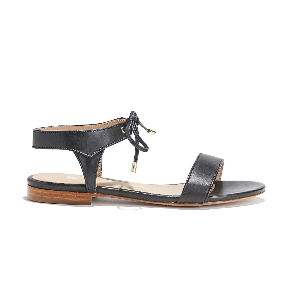 Босоножки кожаныеОписание:Детали •  Плоский каблук •  Застежка : ремешок/пряжка •  Открытый мысокСостав и уход •  Верх/Голенище : 100% кожа<br><br>Цвет: черный