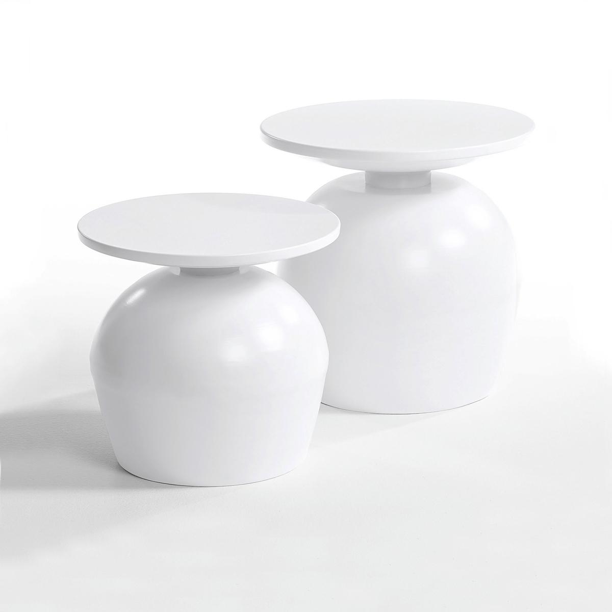 Столик из металла, LotharСтолик Lothar. Столик из металла удивительной формы, напоминающей перевернутый бокал, придаст вашему интерьеру необычный штрих .  Описание : - Из металла . Размеры : - размер 1 : ?40 x 37 см . - размер 2 : ?45 x 46 см .<br><br>Цвет: светло-синий,черный