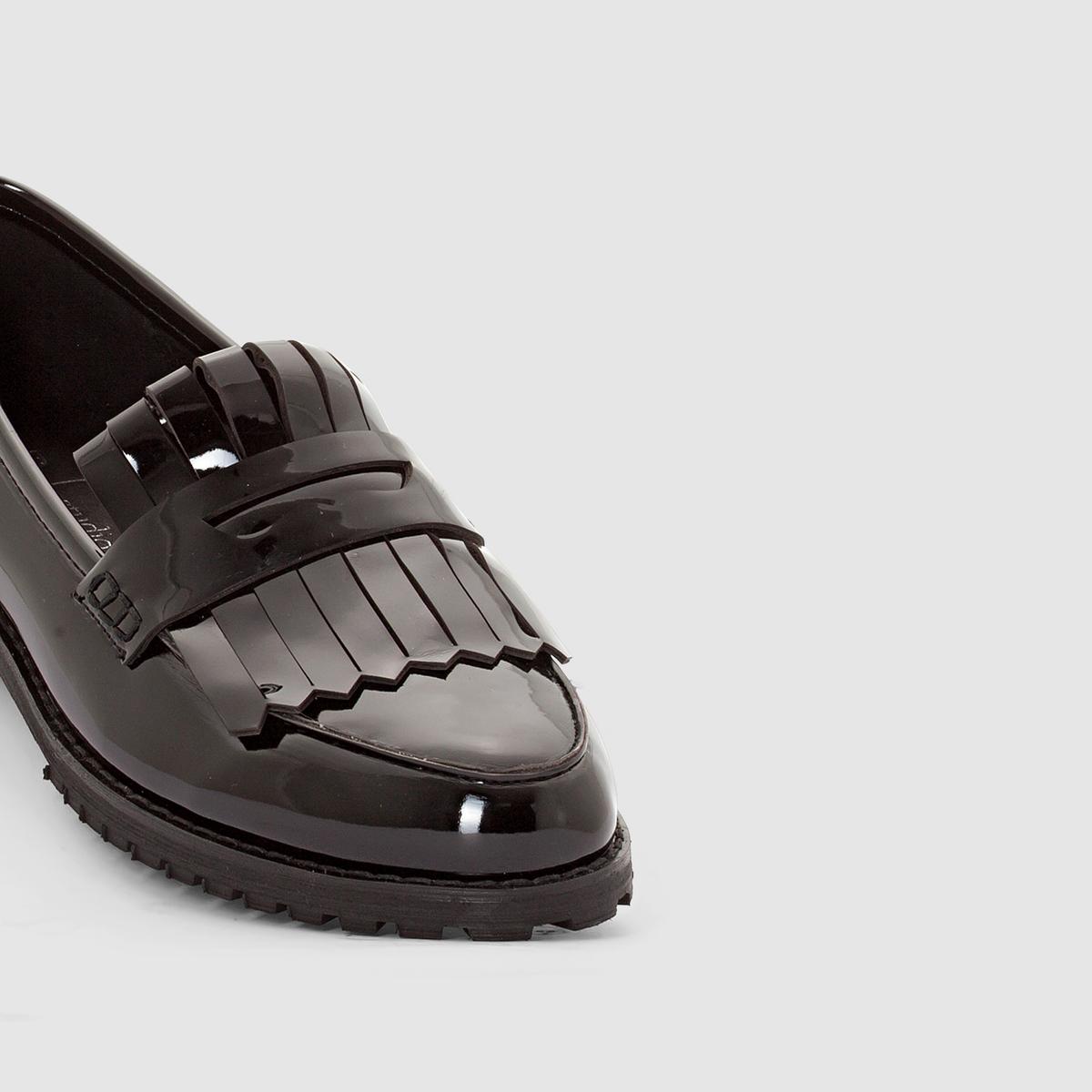 Мокасины лакированные с мексиканским язычкомВерх : синтетика   Подкладка : кожа   Стелька : кожа   Подошва : из эластомера   Высота каблука : плоский.   Носок : закругленный Преимущества : модель в свободном стиле : изящном и элегантном<br><br>Цвет: черный<br>Размер: 38
