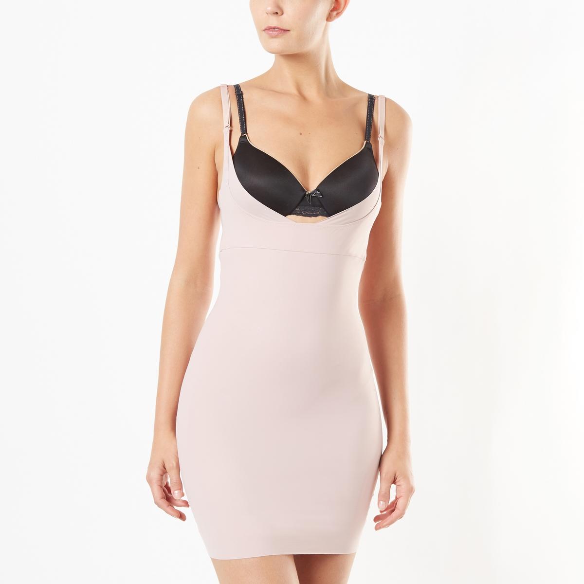 Комбинация под платье утягивающаяУтягивающая комбинация под платье MAIDENFORM. Усиленная поддержка. Утонченная и сексуальная комбинация с глубоким закругленным вырезом делает силуэт более изящным, оставаясь совершенно незаметной под одеждой. Тонкие бретели.Ластовица боди на хлопковой подкладке с двухпозиционной застежкой на крючки по внутреннему шву. Снимается через низ.  Утягивающая комбинация под платье из тонкой,очень мягкой и слегка блестящей микрофибры. 81% полиамида, 19% эластана..<br><br>Цвет: розовая пудра<br>Размер: S