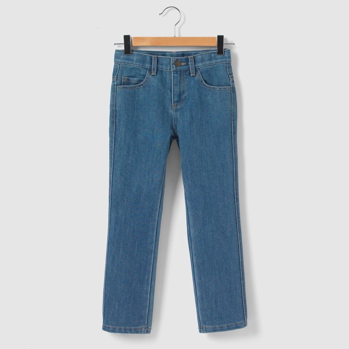 Джинсы широкие, 3-12 летШирокие джинсы, пояс со шлевками регулируется внутренней резинкой на пуговице. Застежка на молнию и кнопки. 2 передних кармана + 1 часовой карман. 2 кармана сзади.                        Состав и описание : Материал       деним 58% хлопка, 42% полиэстера для вытертой модели, светло-бежевого и бежевого цветов 99% хлопка, 1% эластана для серого цветаМарка      R essentielУход :Машинная стирка при 30 °C с вещами схожих цветов.Стирать и гладить с изнаночной стороны.Машинная сушка в обычном режиме.Гладить при средней температуре.<br><br>Цвет: голубой потертый,серый,синий потертый<br>Размер: 3 года - 94 см.3 года - 94 см.4 года - 102 см.3 года - 94 см.10 лет - 138 см