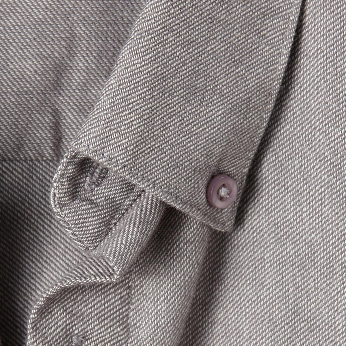 Рубашка фланелеваяРубашка фланелевая. Длинные рукава. Воротник с застежкой на пуговицы. 2 складки сзади для большего комфорта. Фланель, 100% хлопка. Длина 85 см .<br><br>Цвет: серый<br>Размер: 47/48