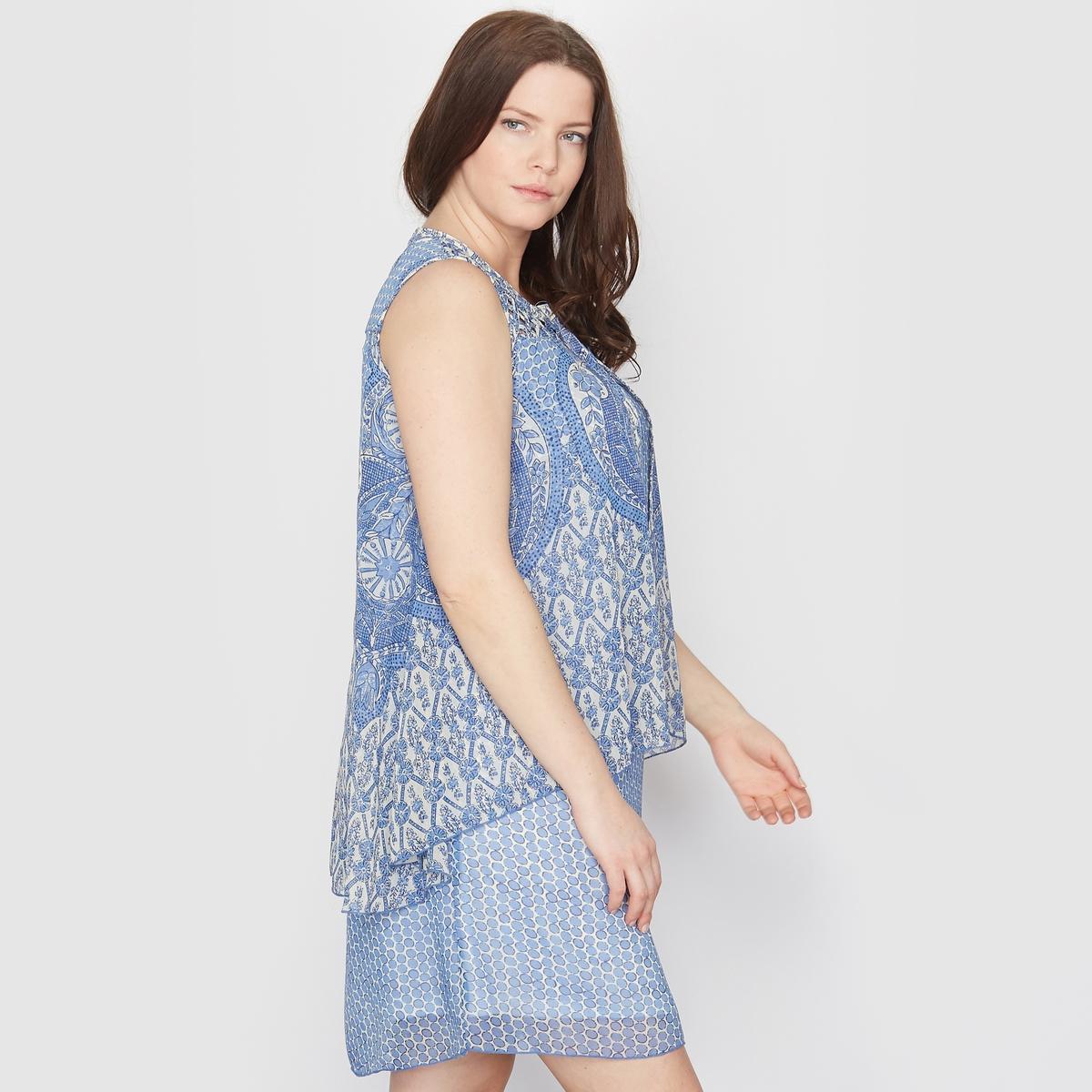 Платье из набивной ткани с рисунком пейслиПлатье. Имитация 2 в 1: верхняя деталь выполнена из вуали с разрезом спереди. Закругленный вырез. Без рукавов. Из вуали, 100% полиэстера, перед и спинка на подкладке из 100% полиэстера. Длина 92 см .<br><br>Цвет: наб. рисунок синий<br>Размер: 52 (FR) - 58 (RUS).54 (FR) - 60 (RUS)