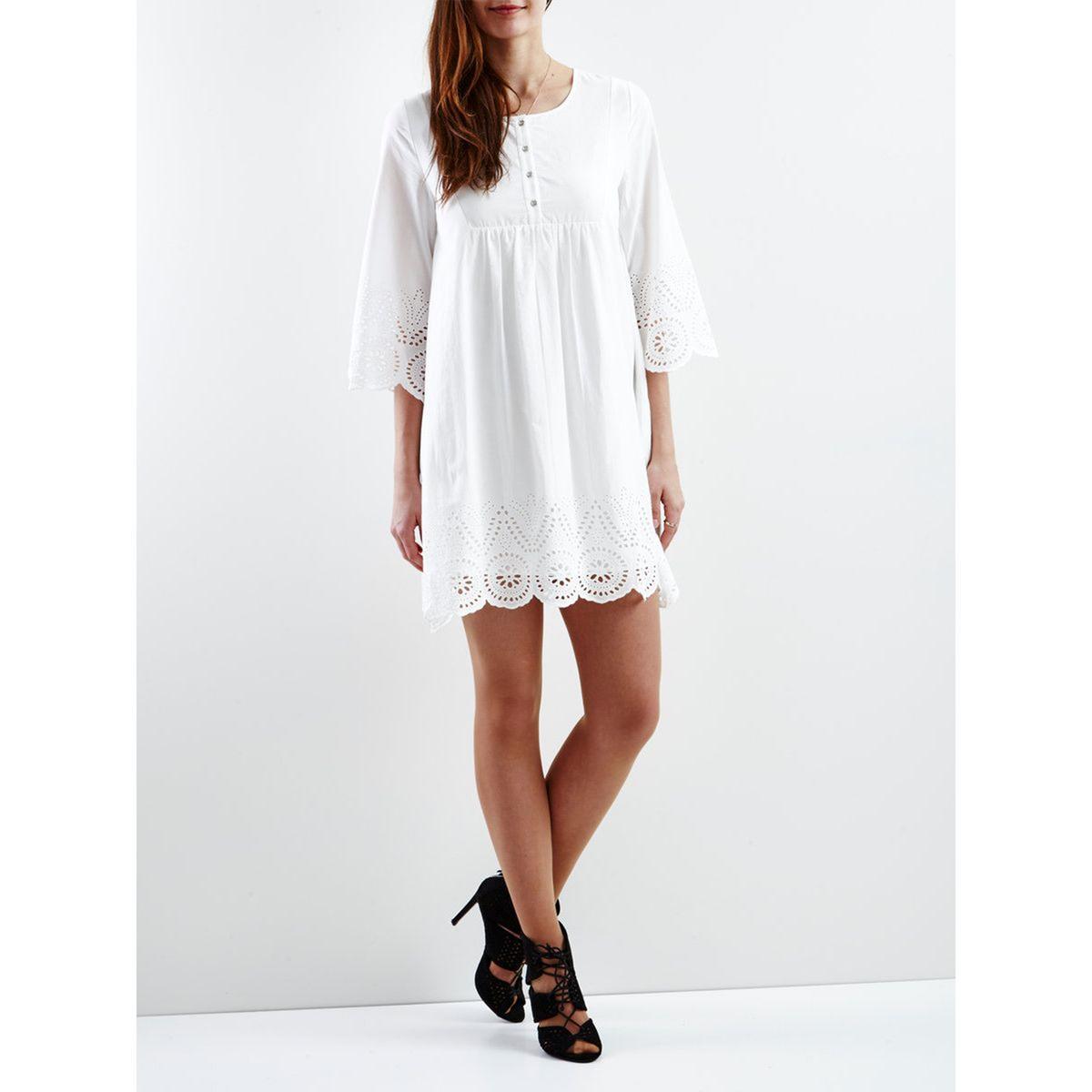 Платье объемное с вышитыми вставкамиМатериал : 100% хлопок  Длина рукава : длинные рукава  Форма воротника : Круглый вырез Покрой платья : расклешенное платье Рисунок : однотонная модель   Длина платья : до колен<br><br>Цвет: белый