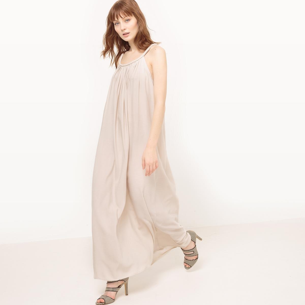 Платье длинное из кружева, юбка из тюляМатериал : 100% вискоза  Длина рукава : тонкие бретели  Форма воротника : круглый вырез Покрой платья : длинное платье Рисунок : однотонная модель   Длина платья : длинное<br><br>Цвет: бежевый<br>Размер: S/M