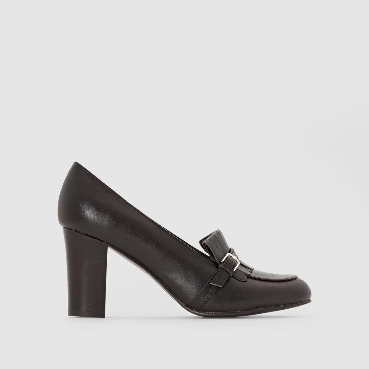 Мокасины кожаные на каблуке