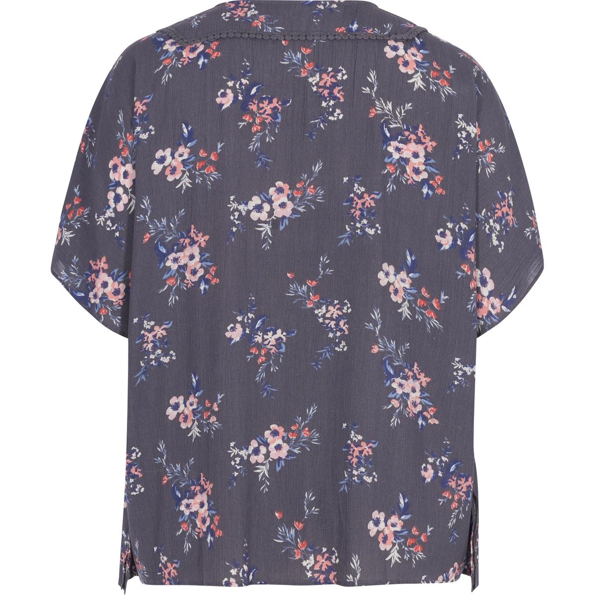 БлузкаБлузка с короткими рукавами ZIZZI. Красивая блузка с большим количеством мелких вставок, которые придают блузке женственный вид. Круглый вырез со вставкой из тонкого кружева, воланы по бокам. 100% вискоза.<br><br>Цвет: набивной рисунок,розовый