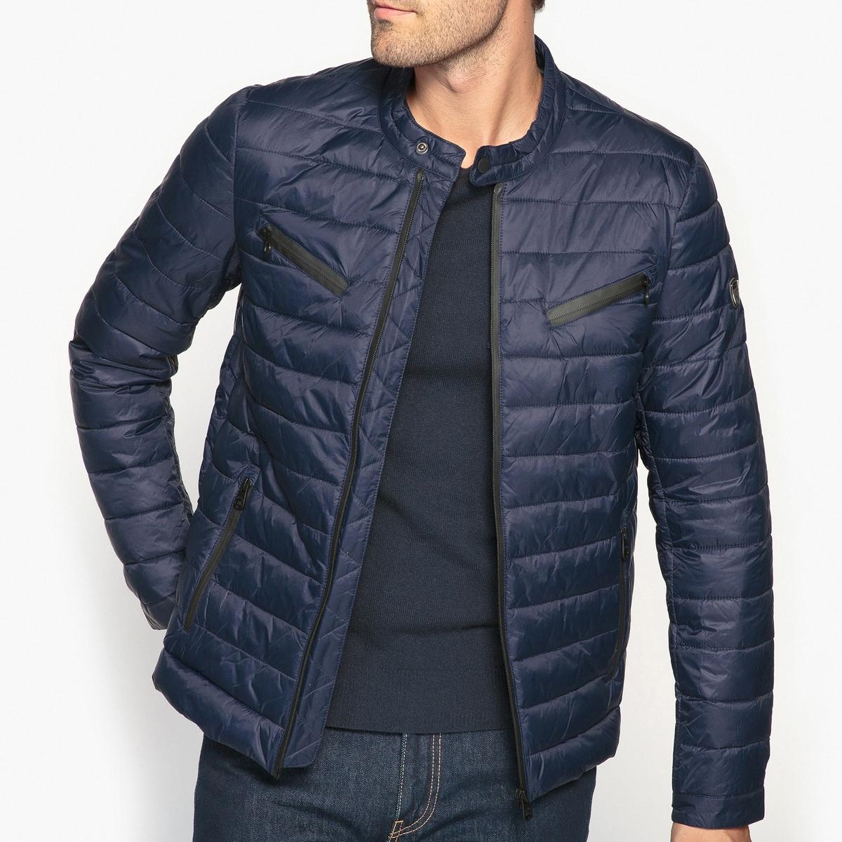 Куртка стеганаяДетали •  Длина : укороченная   •  Воротник-стойка •  Застежка на молниюСостав и уход •  100% полиамид  •  Следуйте советам по уходу, указанным на этикетке<br><br>Цвет: синий морской,черный