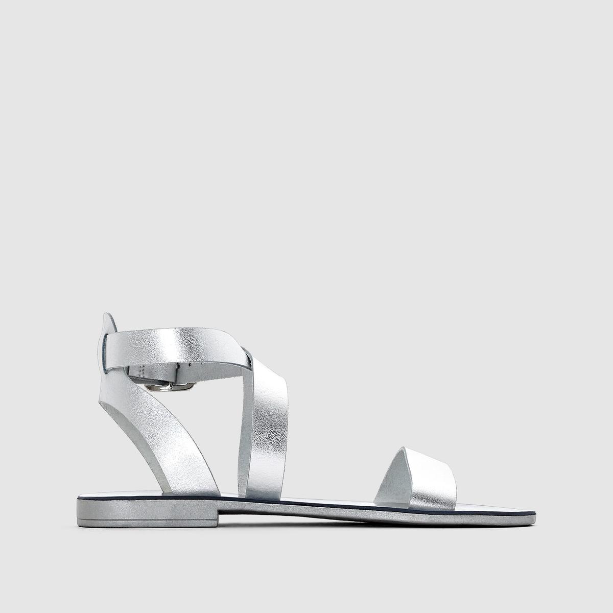 Босоножки DUNE LONDON LOTTIБосоножки открытые на небольшом каблуке LOTTI от DUNE LONDON .Верх : яловичная кожаПодкладка : синтетика Стелька : синтетика Подошва : синтетика Высота каблука    : 1,5 см Застежка  : ремешок с пряжкой.<br><br>Цвет: серебристый<br>Размер: 37