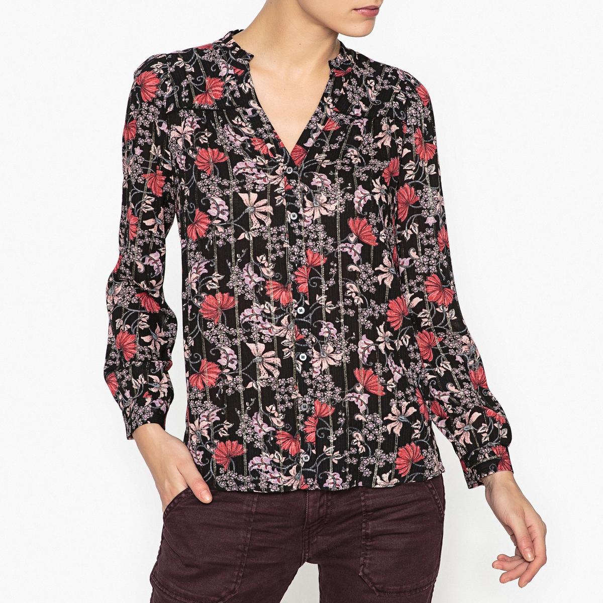 Рубашка блестящая с рисунком и длинными рукавами EDGYОписание:Блестящая рубашка с рисунком BA&amp;SH - модель EDGY с окантовкой.Детали  •  Длинные рукава •  Прямой покрой •  Воротник-поло, рубашечный •  Рисунок-принт Состав и уход  •  98% вискозы, 2% металлизированных волокон •  Следуйте рекомендациям по уходу, указанным на этикетке изделия •  Сборки на плечах •  V-образный вырез со складками сзади •  Застежка на пуговицы спереди, манжеты на пуговицах<br><br>Цвет: черный
