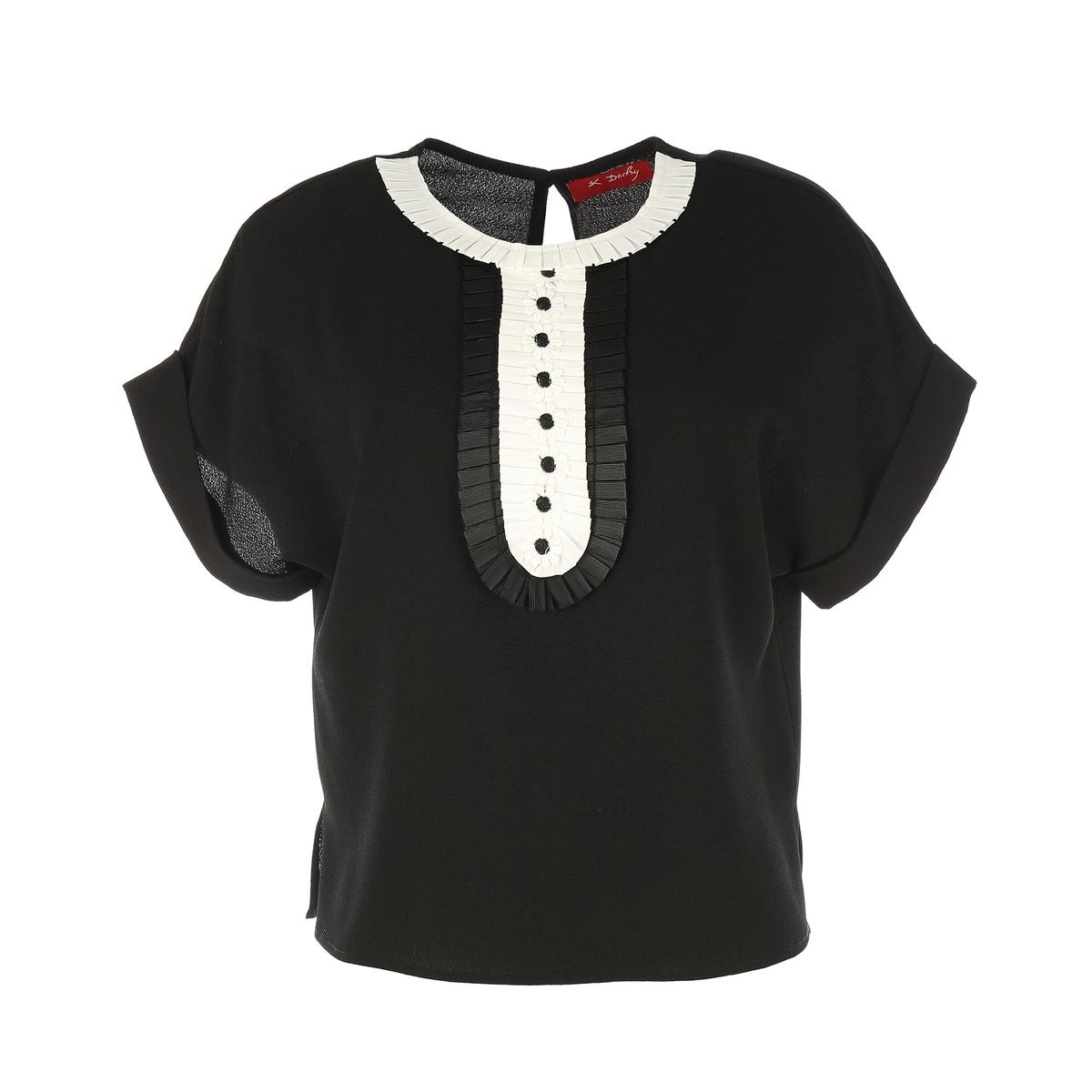 Блузка однотонная с круглым вырезом и короткими рукавами блузка с круглым вырезом и короткими рукавами