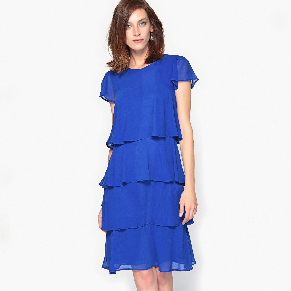 Платье с воланом из жатого крепа