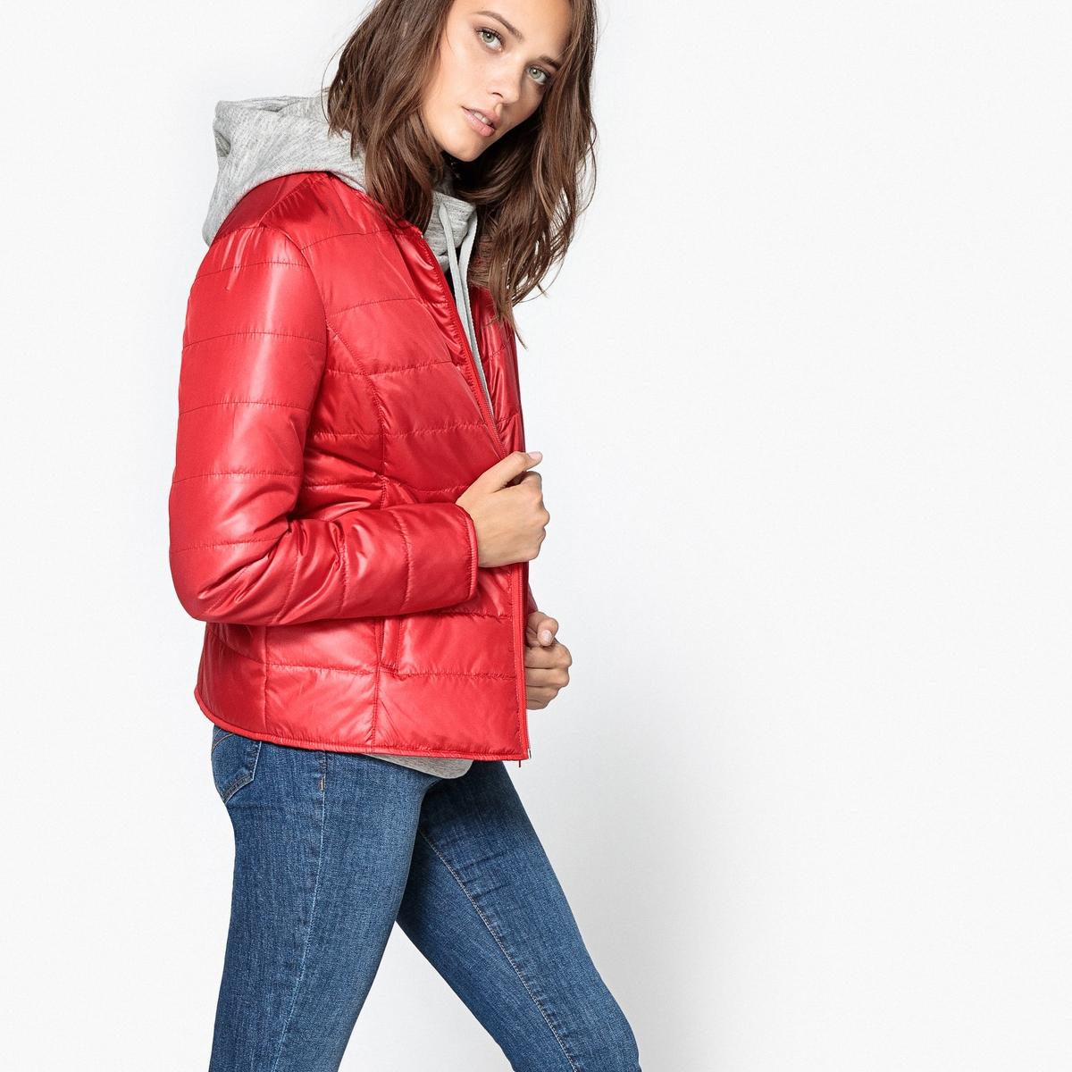 Куртка стеганая тонкаяКуртка стеганая тонкая прямого покроя . Можно носить как куртку или надеть под пальто. Круглый вырез. Застежка на молнию по всей длине. Косые карманы в отрезных деталях . Детали •  Длина : укороченная •  Без воротника •  Застежка на молниюСостав и уход •  100% полиэстер •  Подкладка : 100% полиэстер •  Температура стирки при 30° на деликатном режиме  •  Сухая чистка и отбеливатели запрещены •  Не использовать барабанную сушку  •  Не гладить •  Длина : 62 см<br><br>Цвет: красный,темно-синий,темно-фиолетовый,черный<br>Размер: 48 (FR) - 54 (RUS).52 (FR) - 58 (RUS).40 (FR) - 46 (RUS).50 (FR) - 56 (RUS).46 (FR) - 52 (RUS).44 (FR) - 50 (RUS).42 (FR) - 48 (RUS).40 (FR) - 46 (RUS).38 (FR) - 44 (RUS).36 (FR) - 42 (RUS).34 (FR) - 40 (RUS).50 (FR) - 56 (RUS).48 (FR) - 54 (RUS).46 (FR) - 52 (RUS).44 (FR) - 50 (RUS).40 (FR) - 46 (RUS).38 (FR) - 44 (RUS).36 (FR) - 42 (RUS).50 (FR) - 56 (RUS).46 (FR) - 52 (RUS).44 (FR) - 50 (RUS).42 (FR) - 48 (RUS).40 (FR) - 46 (RUS).38 (FR) - 44 (RUS).36 (FR) - 42 (RUS).34 (FR) - 40 (RUS).50 (FR) - 56 (RUS).48 (FR) - 54 (RUS).46 (FR) - 52 (RUS).44 (FR) - 50 (RUS).38 (FR) - 44 (RUS).36 (FR) - 42 (RUS).34 (FR) - 40 (RUS).42 (FR) - 48 (RUS).52 (FR) - 58 (RUS)