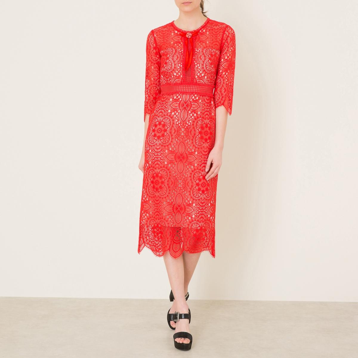 Платье из кружеваСостав и описание Материал : 65% хлопка, 35% полиамидаКружево  100% хлопок Подкладка 100% полиэстерБант 90% полиамида, 10% эластана Длина : ок. 49 см. для размера 36Марка : THE KOOPLES<br><br>Цвет: красный