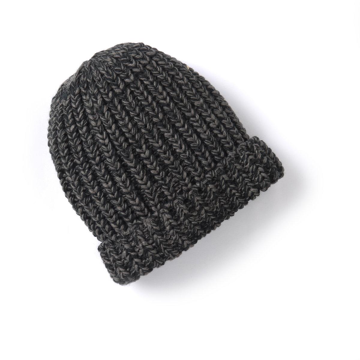 Шапка из меланжевого трикотажаВНИМАНИЕ: шапка светло-серого цвета.<br><br>Цвет: черный меланж<br>Размер: единый размер