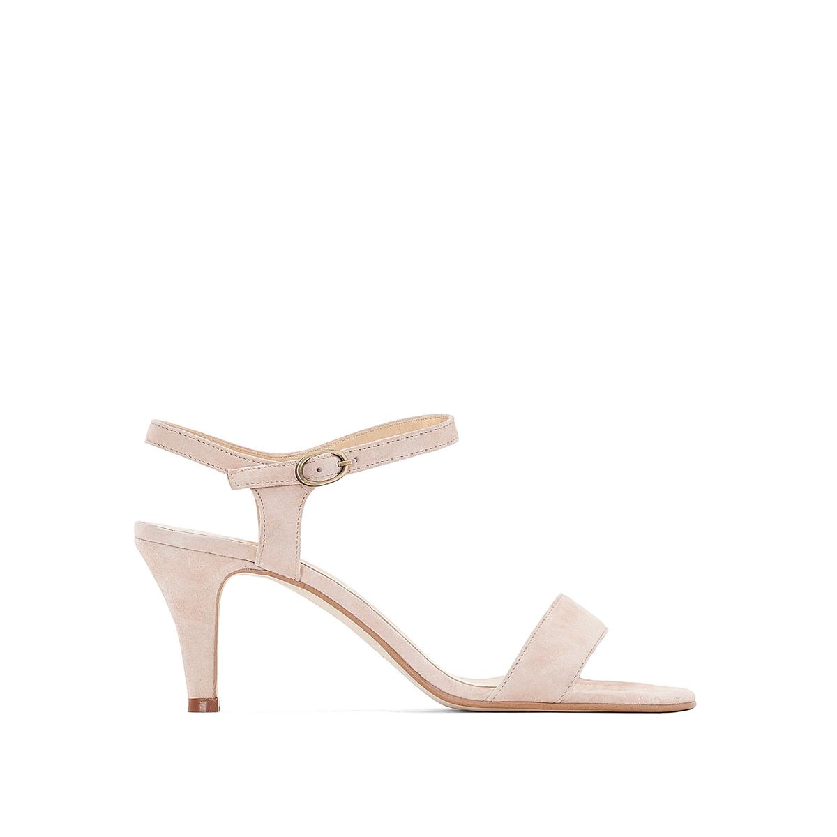 Босоножки кожаные на шпилькеВерх : кожа   Подкладка : кожа   Стелька : кожа   Подошва : эластомер   Высота каблука : 6 см   Форма каблука : шпилька   Мысок : открытый   Застежка : пряжка<br><br>Цвет: розовый,телесный