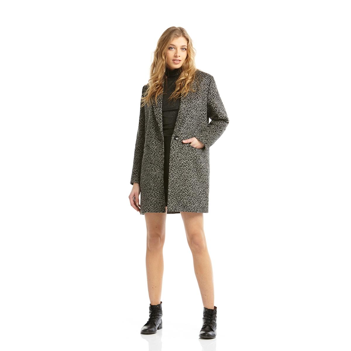 Пальто с леопардовым принтом, 30% шерстиСостав и описание:Марка: CHARLISE.  Материал: 30% шерсти, 70% акрила.Подкладка:    100% полиэстера.<br><br>Цвет: черный<br>Размер: 42 (FR) - 48 (RUS).40 (FR) - 46 (RUS)