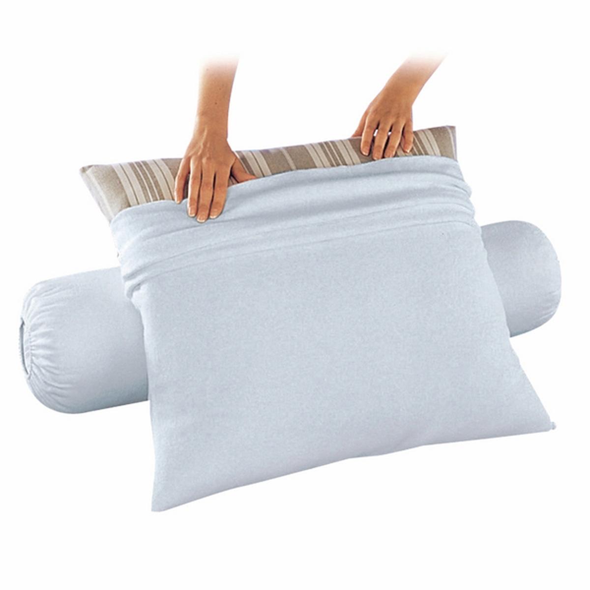 Чехол защитный для подушки, из стретч-мольтона, водонепроницаемыйВысококачественное шитьё и отделка. Экологически чистая пропитка против клещей Proneem®.ХарактеристикиЗащитный чехол для подушки из стретч-мольтона (чесаного и стриженного) 80 % хлопка, 20 % полиэстера (220 гр/м?) с полиуретановой пропиткой, которая пропускает воздух, позволяет Вашей коже дышать, обеспечивает сухость и комфорт.Пропитка Proneem® против клещей, безвредная и экологически чистая, на растительной основе (лимон, лаванда и эвкалипт).Биоцидная обработка Уход : Машинная стирка при 60 °С.Размеры :50 x 70 см63 x 63 смХарактеристикиКачество BEST.<br><br>Цвет: белый