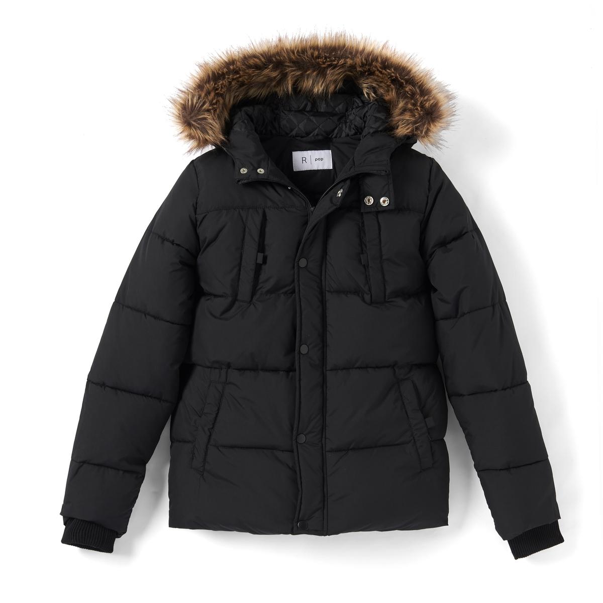 Куртка с капюшономОписание:Детали •  Зимняя модель •  Непромокаемая •  Застежка на молнию •  С капюшоном •  Длина  : укороченнаяСостав и уход •  100% полиэстер •  Подкладка : 100% полиэстер •  Наполнитель : 100% полиэстер •  Температура стирки 30° •  Не гладить / не отбеливать   •  Не использовать барабанную сушку   • Сухая чистка запрещена<br><br>Цвет: черный<br>Размер: 10 лет - 138 см.16 лет - 174 см.14 лет - 162 см.12 лет -150 см