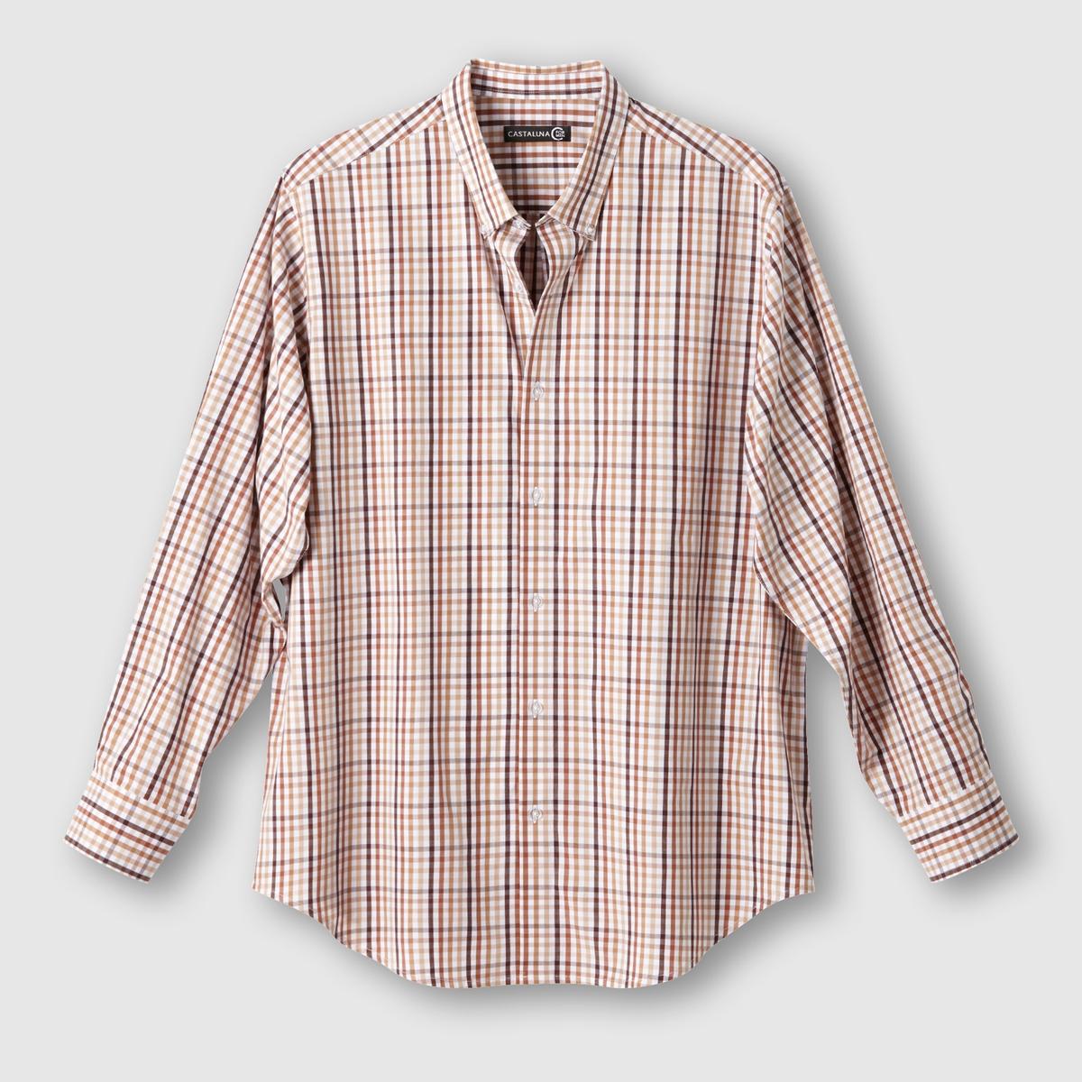 Рубашка в клеткуРубашка в клетку. Длинные рукава. Воротник с застежкой на пуговицы. Складка сзади. Закругленные полочки. Ткань с окрашенными волокнами,  100% хлопок. Длина 83 см.<br><br>Цвет: бежевый/ шоколадный<br>Размер: 47/48