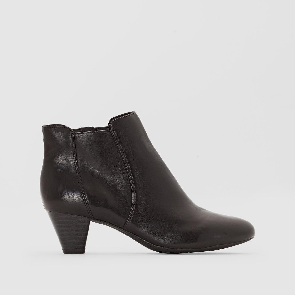 Ботильоны кожаные CLARKS DENNY DIVAБотильоны, модель DENNY DIVA от CLARKS.Верх: кожа. Подкладка: текстиль. Стелька: кожа. Подошва: синтетика. Высота каблука: 5,5 см<br><br>Цвет: черный<br>Размер: 38