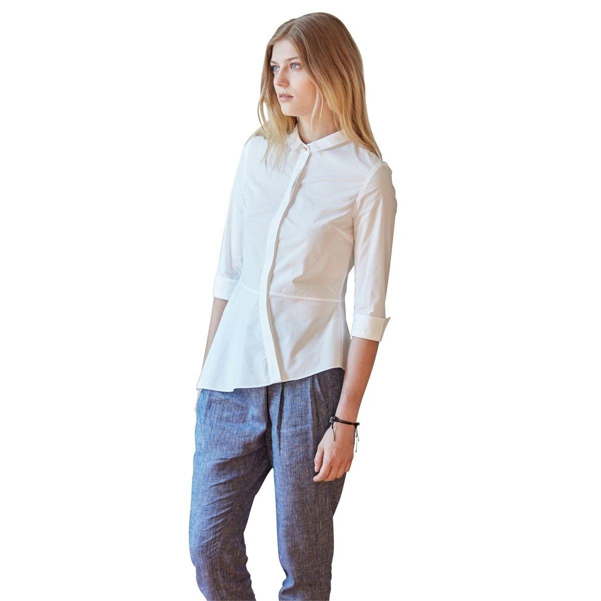 Chemise minimaliste manches mi longues chic et habillée blanche en coton