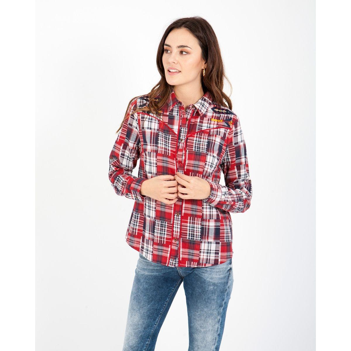 Chemise avec imprimé de carrés et bordures en rouge