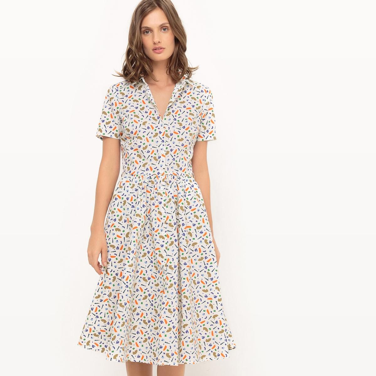 Платье с короткими рукавами и рисунком