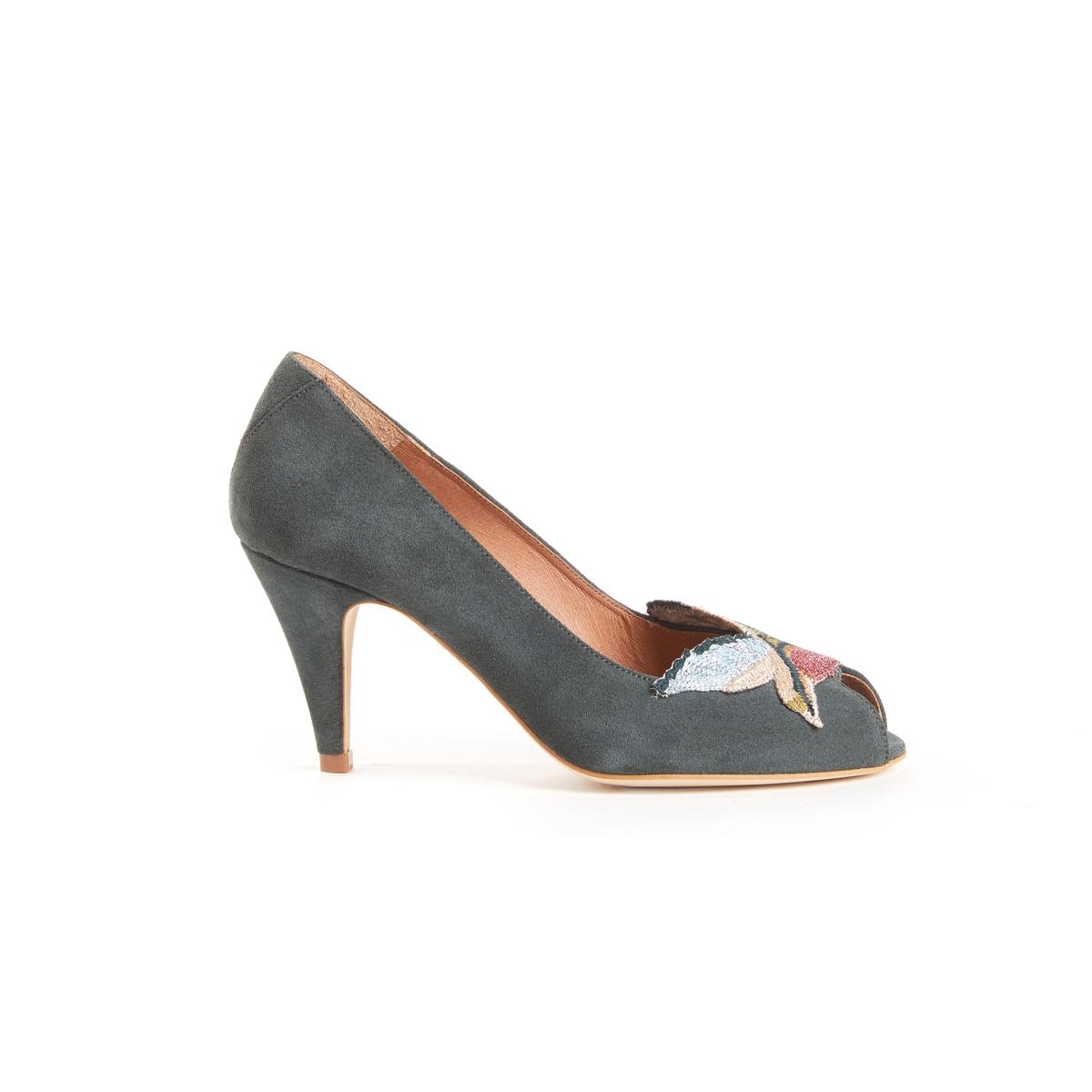 Туфли с открытым мыском, с вышитой вставкой