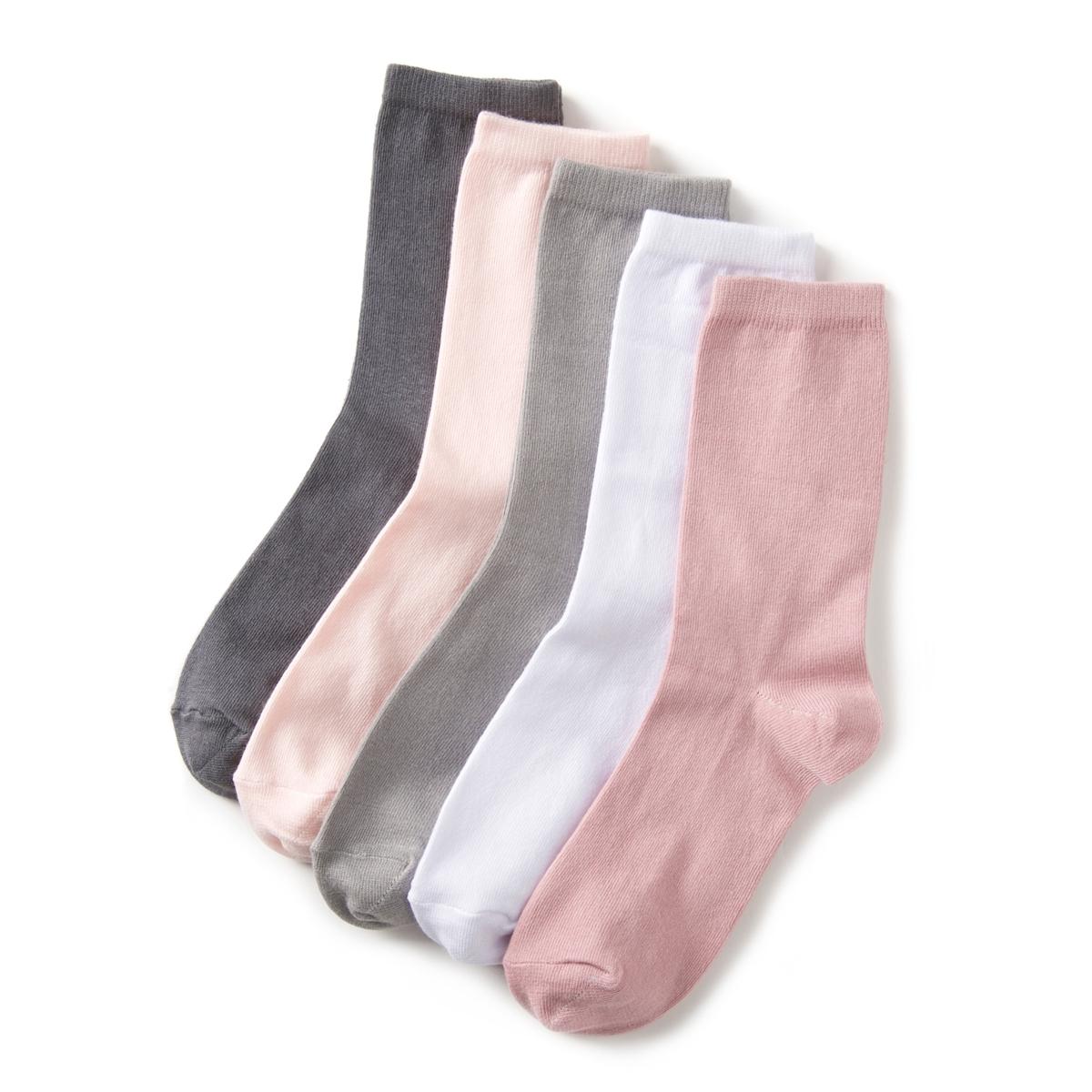 Комплект из 5 пар однотонных  носковКомплект из 5 пар однотонных  носков . Высота до середины голени. Теплые тона или более темные для сочетания с любой одеждой .Детали •  5 пар однотонных носков .Характеристики   •  Hauteur mi-mollet.Состав и уход •  76% хлопка, 23% полиамида, 1% эластана • Машинная стирка при 30°, на умеренном режиме     • Стирать с вещами подобного цвета<br><br>Цвет: розовый/ серый<br>Размер: 35/37